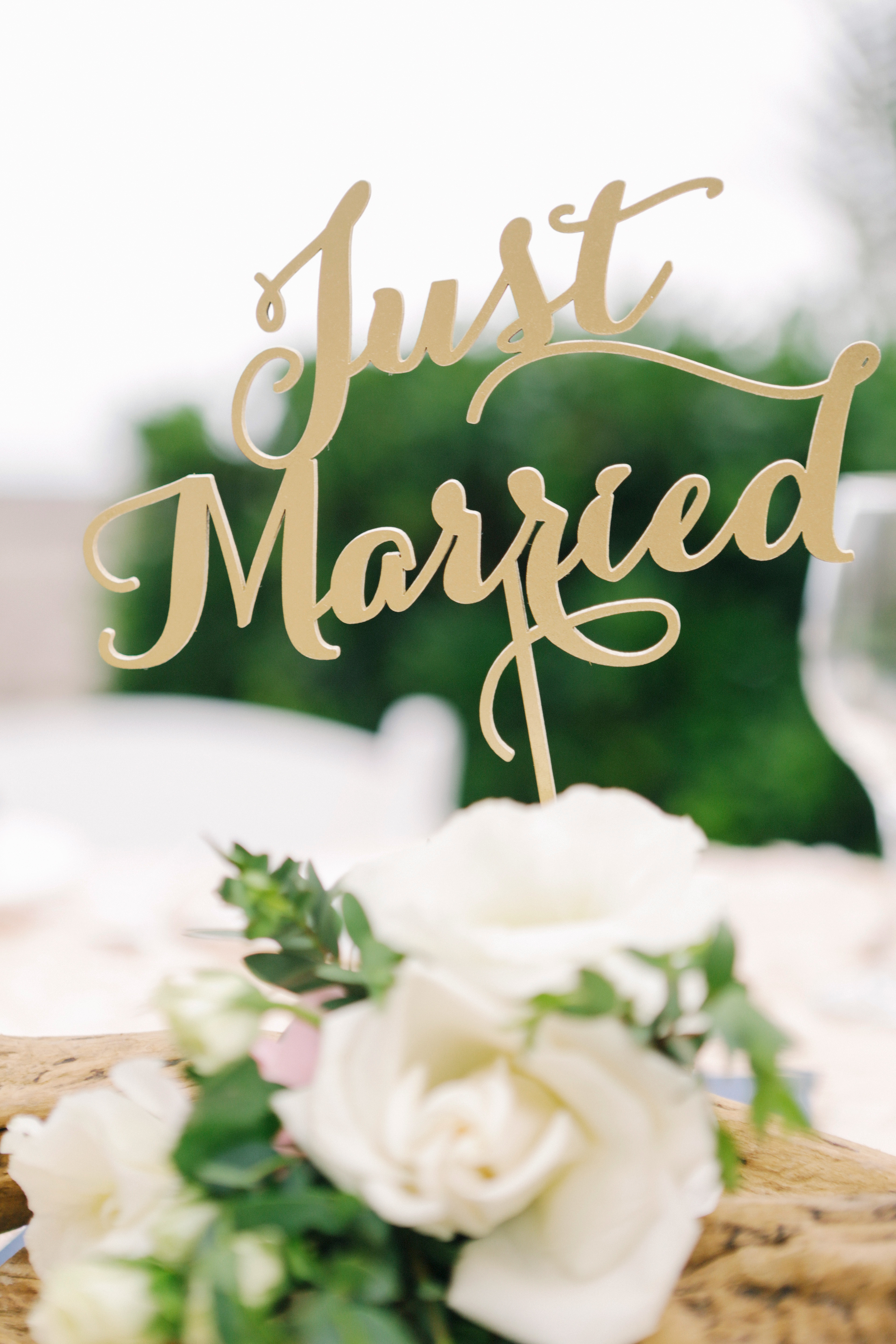 just married sign in flower arrangement