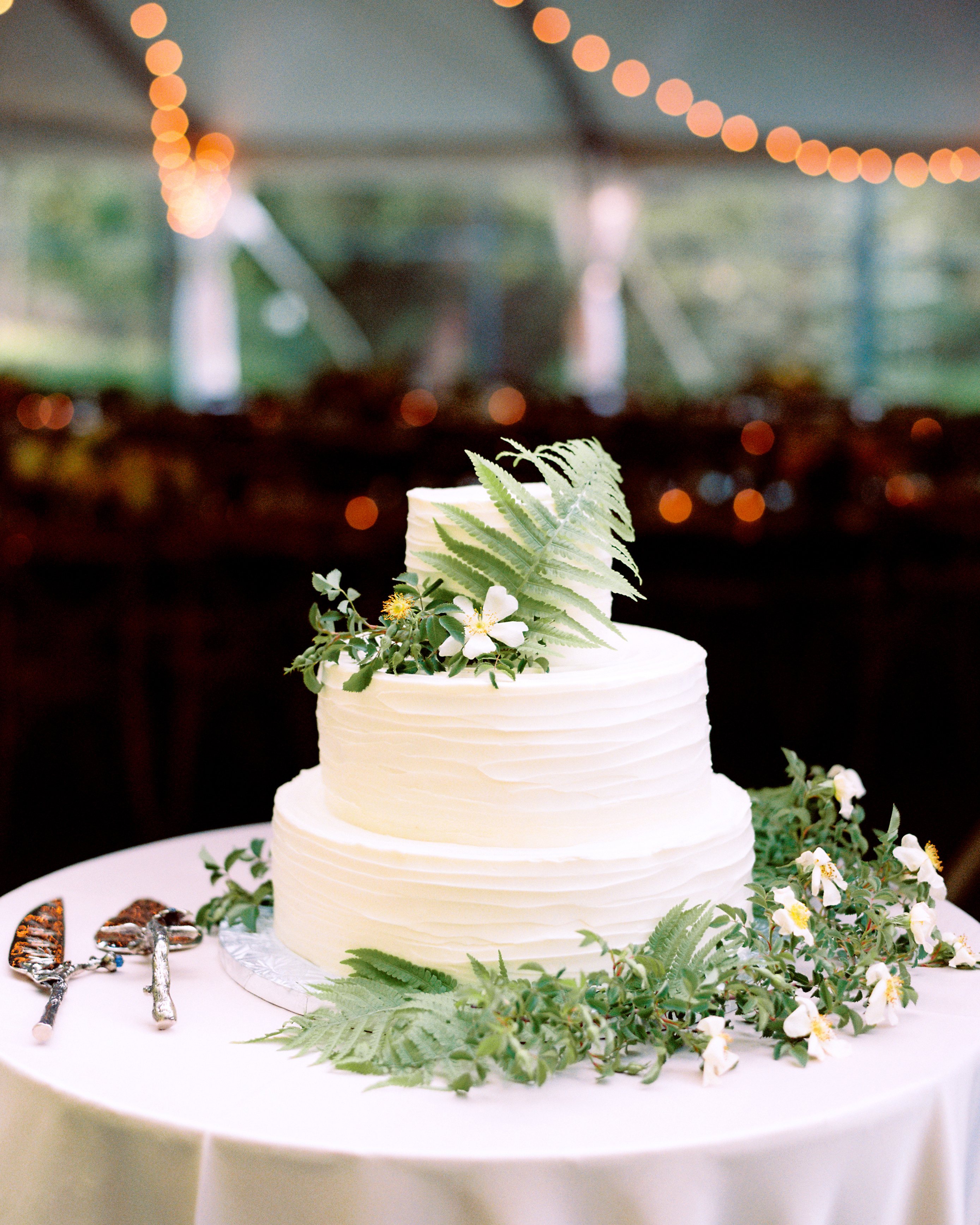 Ally Adam wedding cake