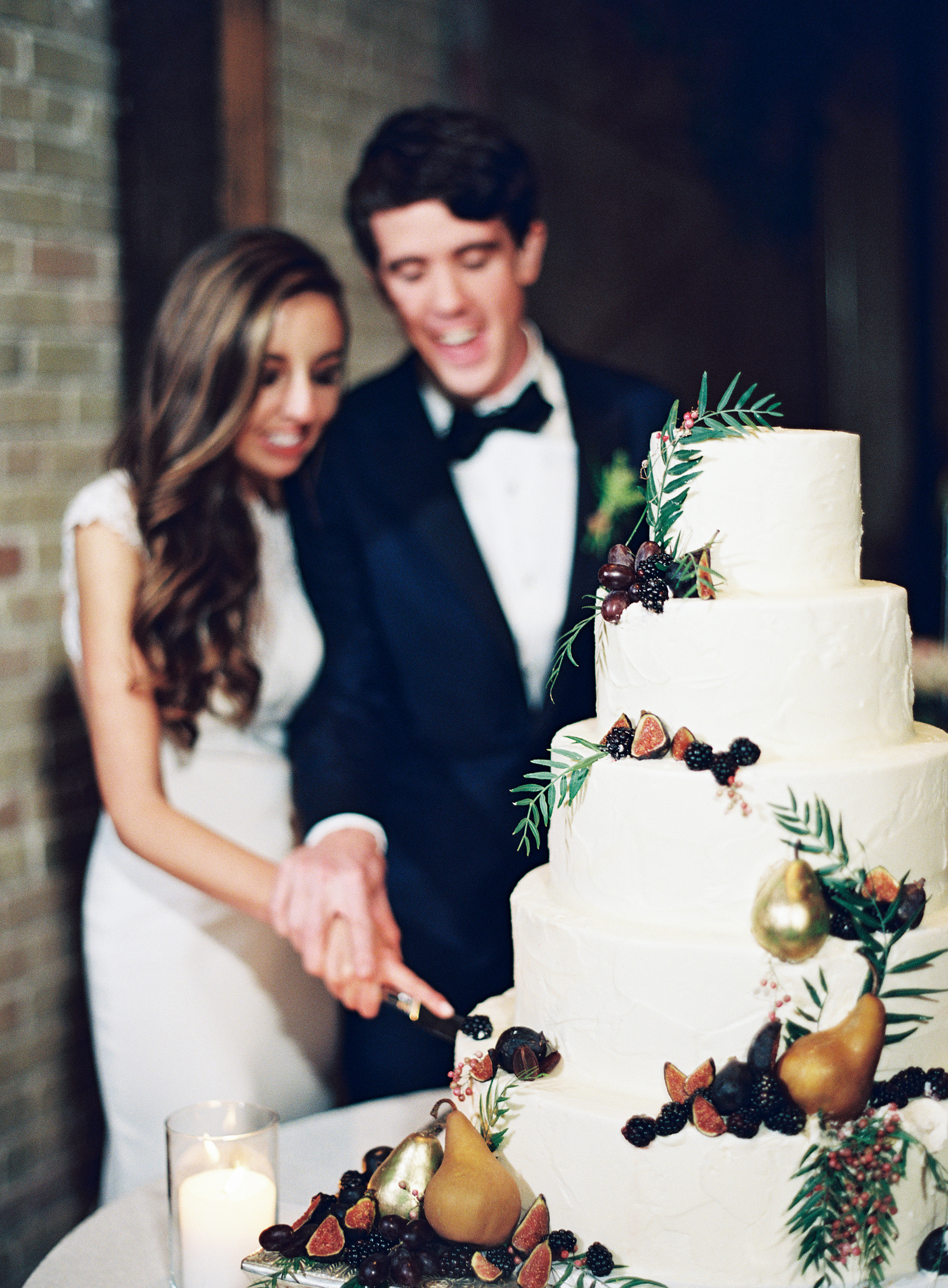 afton travers wedding cakecutting