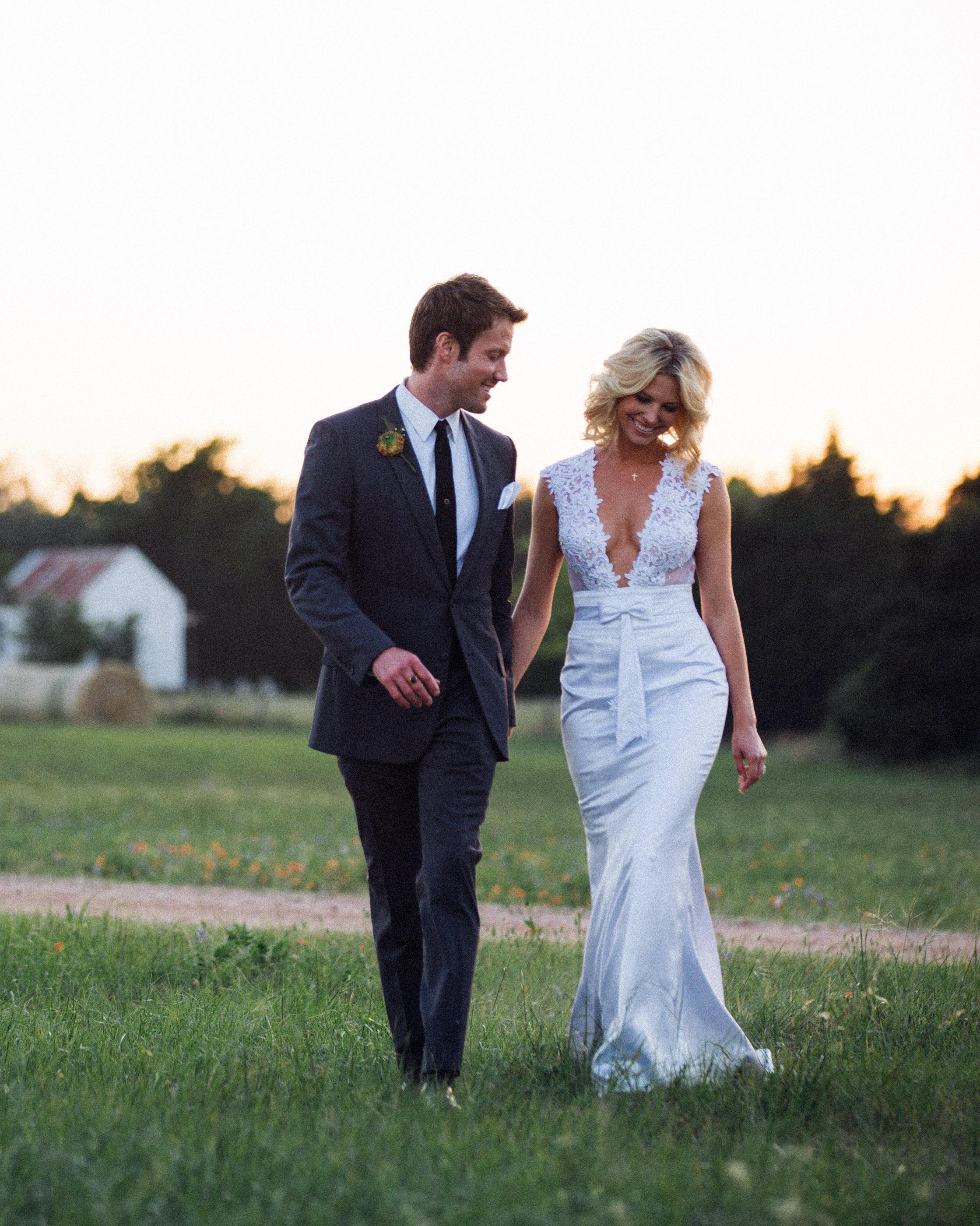 16 Gorgeous Medium Length Wedding Hairstyles Martha Stewart Weddings