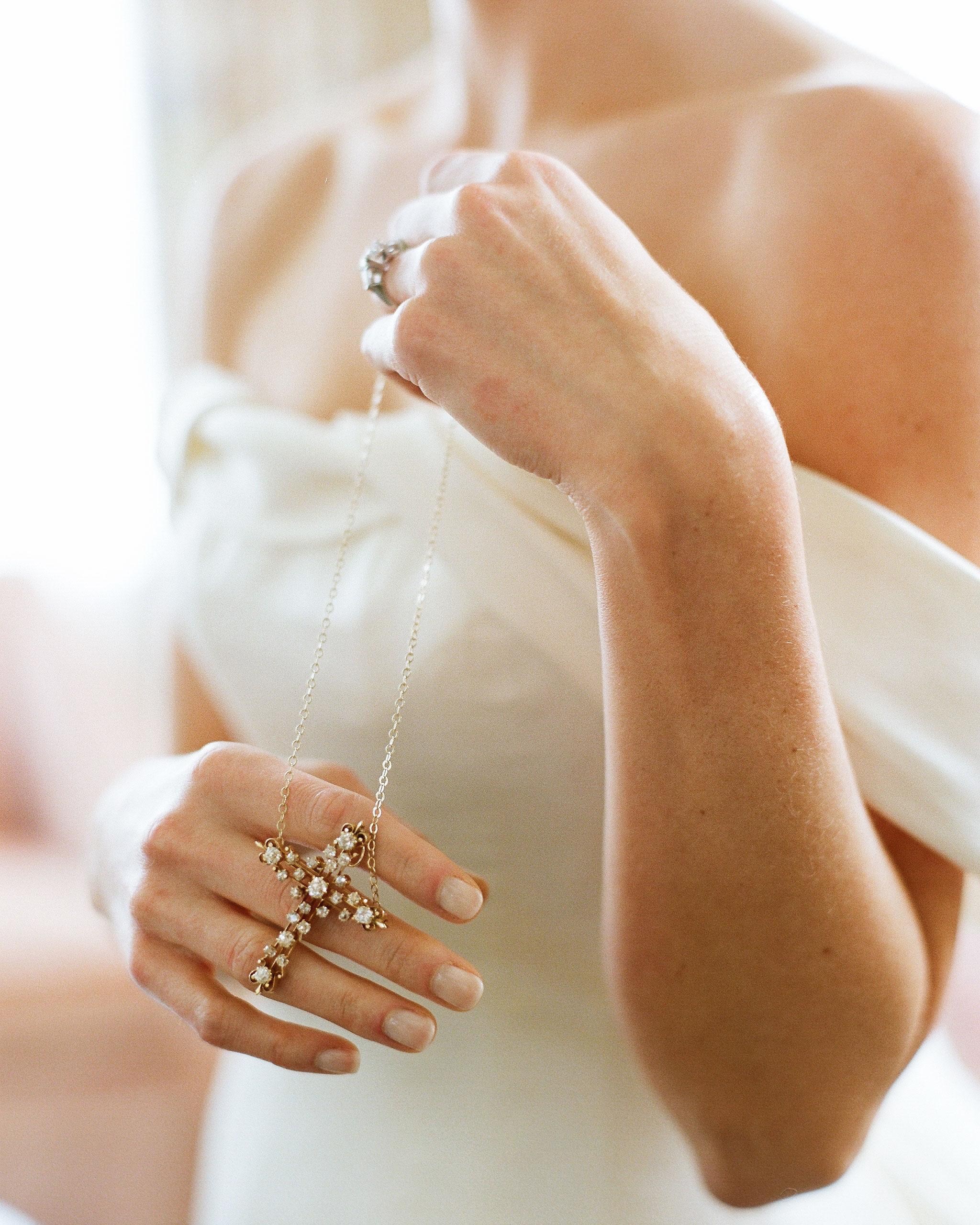 nancy-nathan-wedding-cross-0514-6141569-0816.jpg