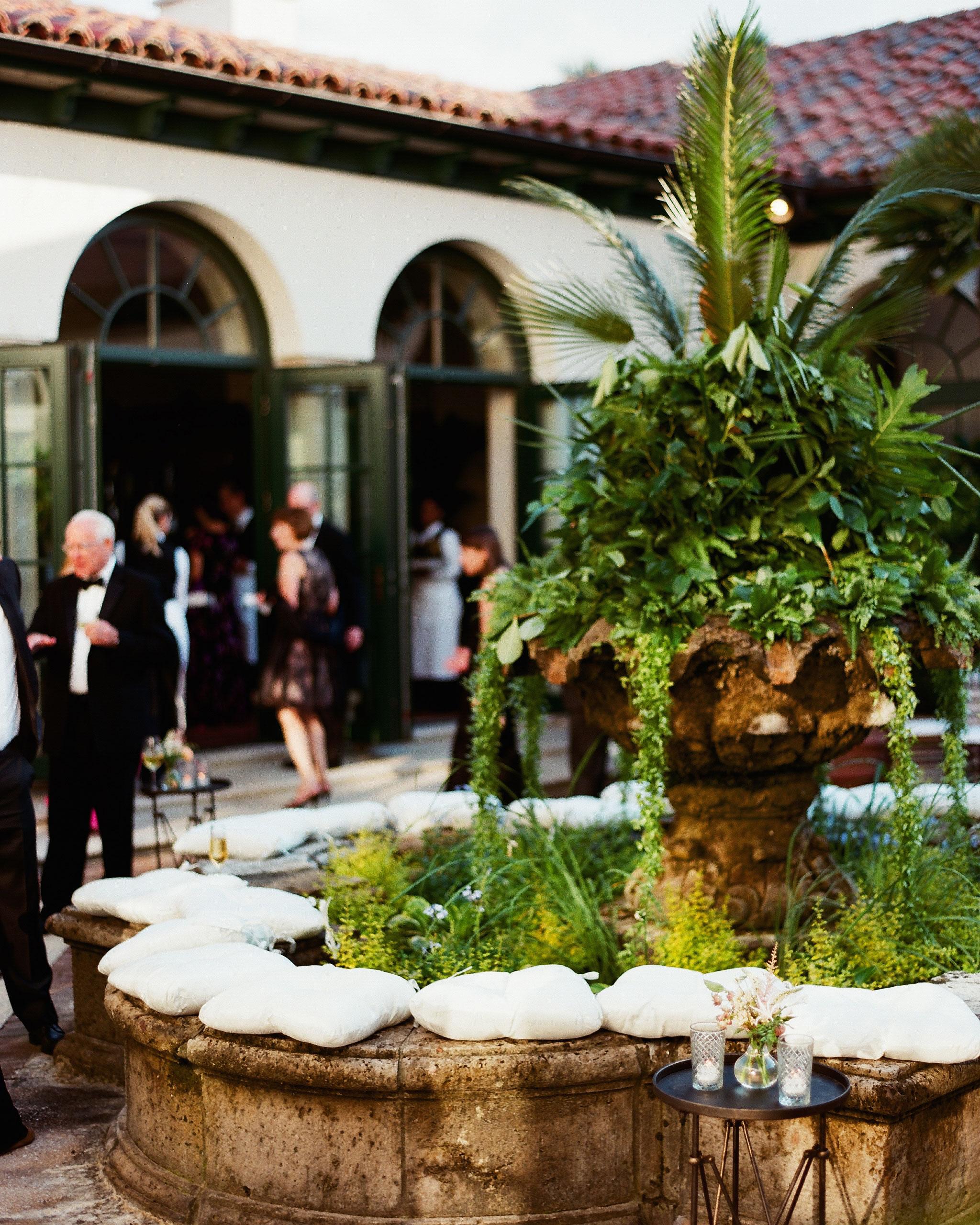nancy-nathan-wedding-fountain-0870-6141569-0816.jpg
