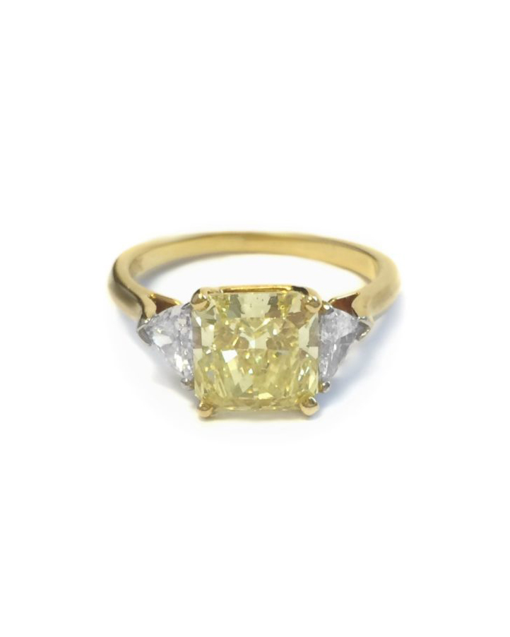 Yellow and White Gold Vintage Diamond and Yellow Diamond Ring