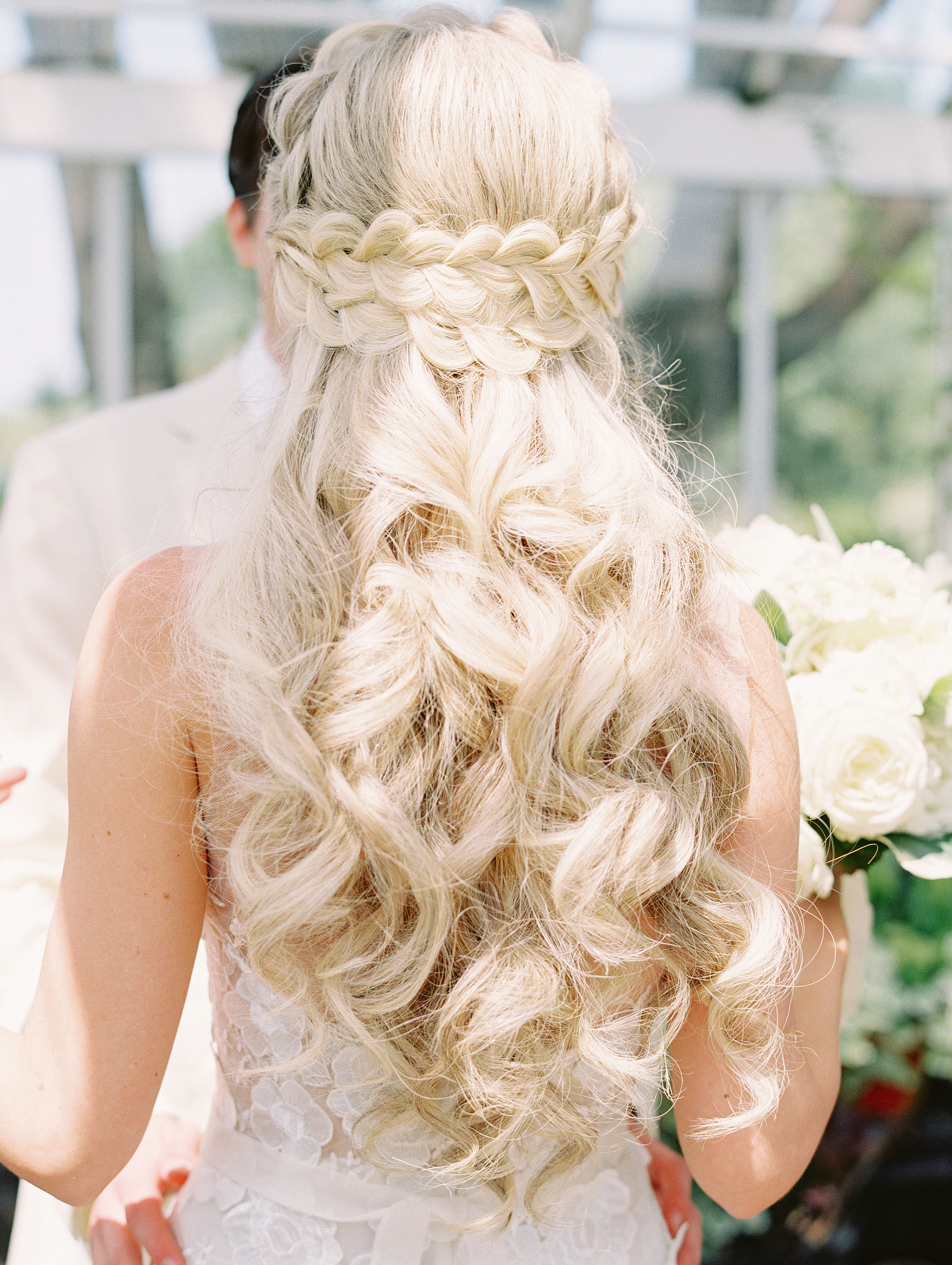 37 Pretty Wedding Hairstyles For Brides With Long Hair Martha