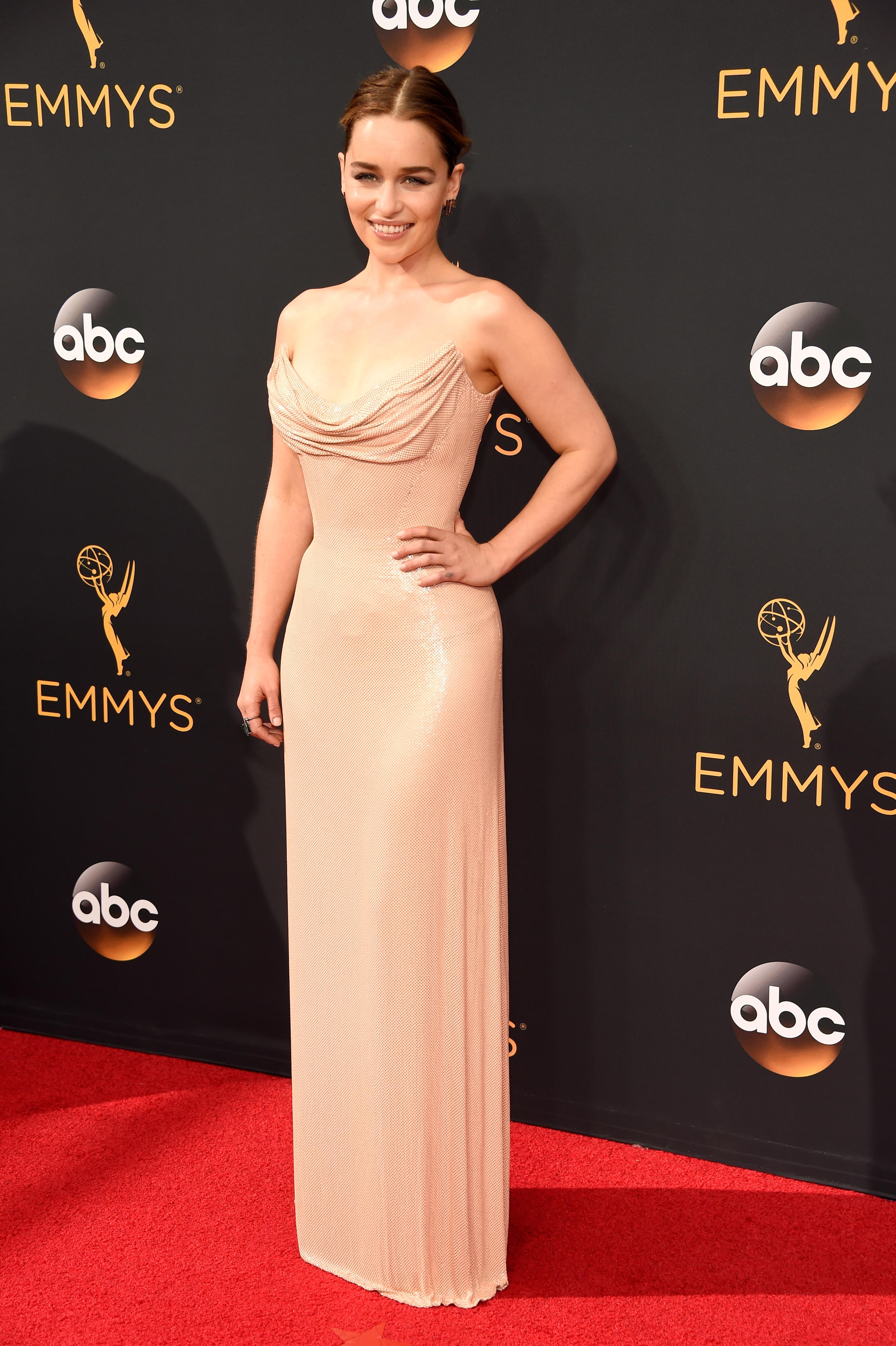 Emilia Clarke Emmy Awards 2016