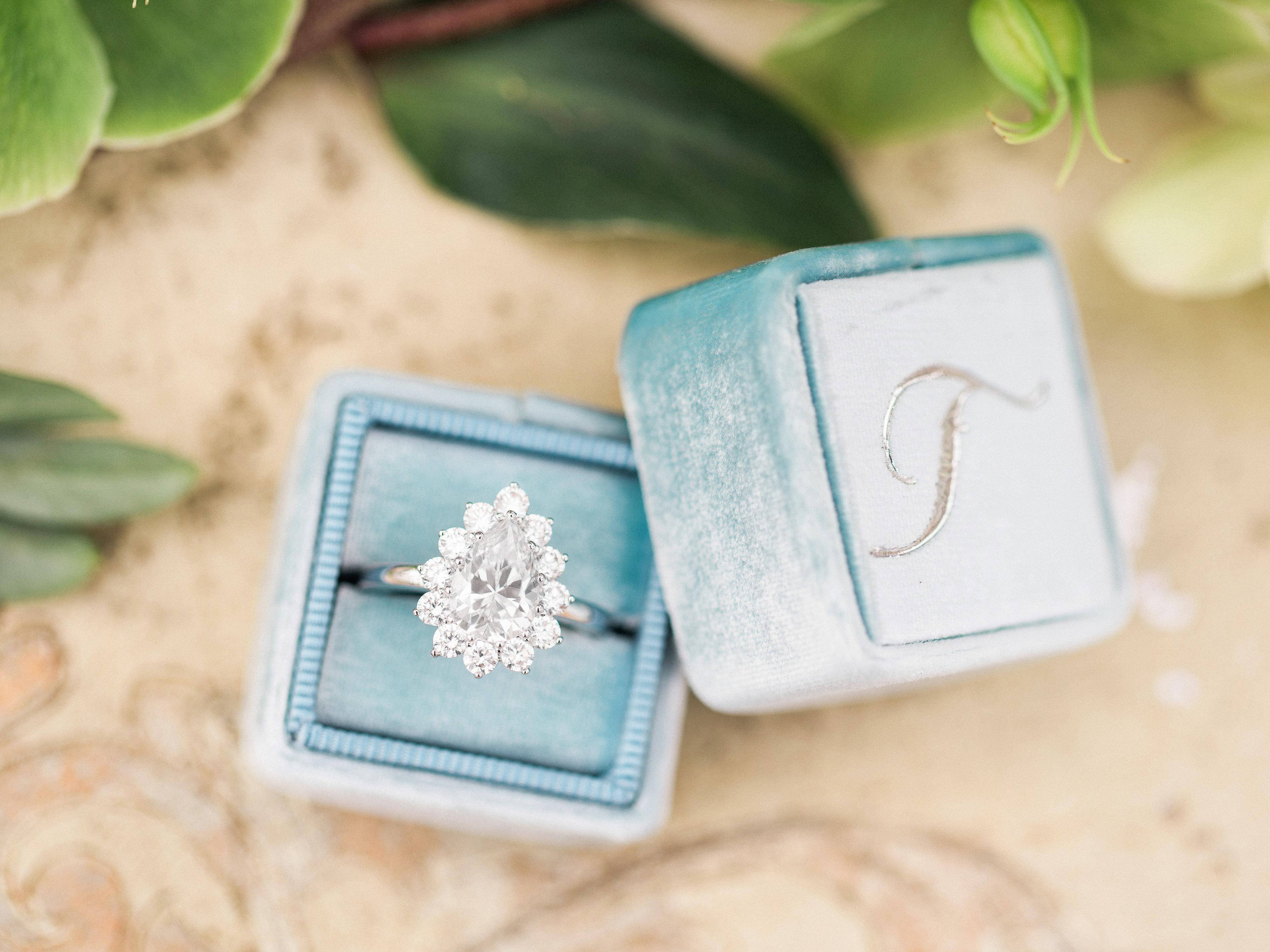 Brooke Keegan Special Evens Heirloom Ring Box