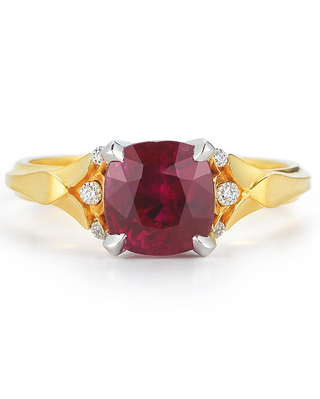 mcteigue-mcclelland-ruby-classic-flora-ring-diamonds-yellow-gold-0816.jpg