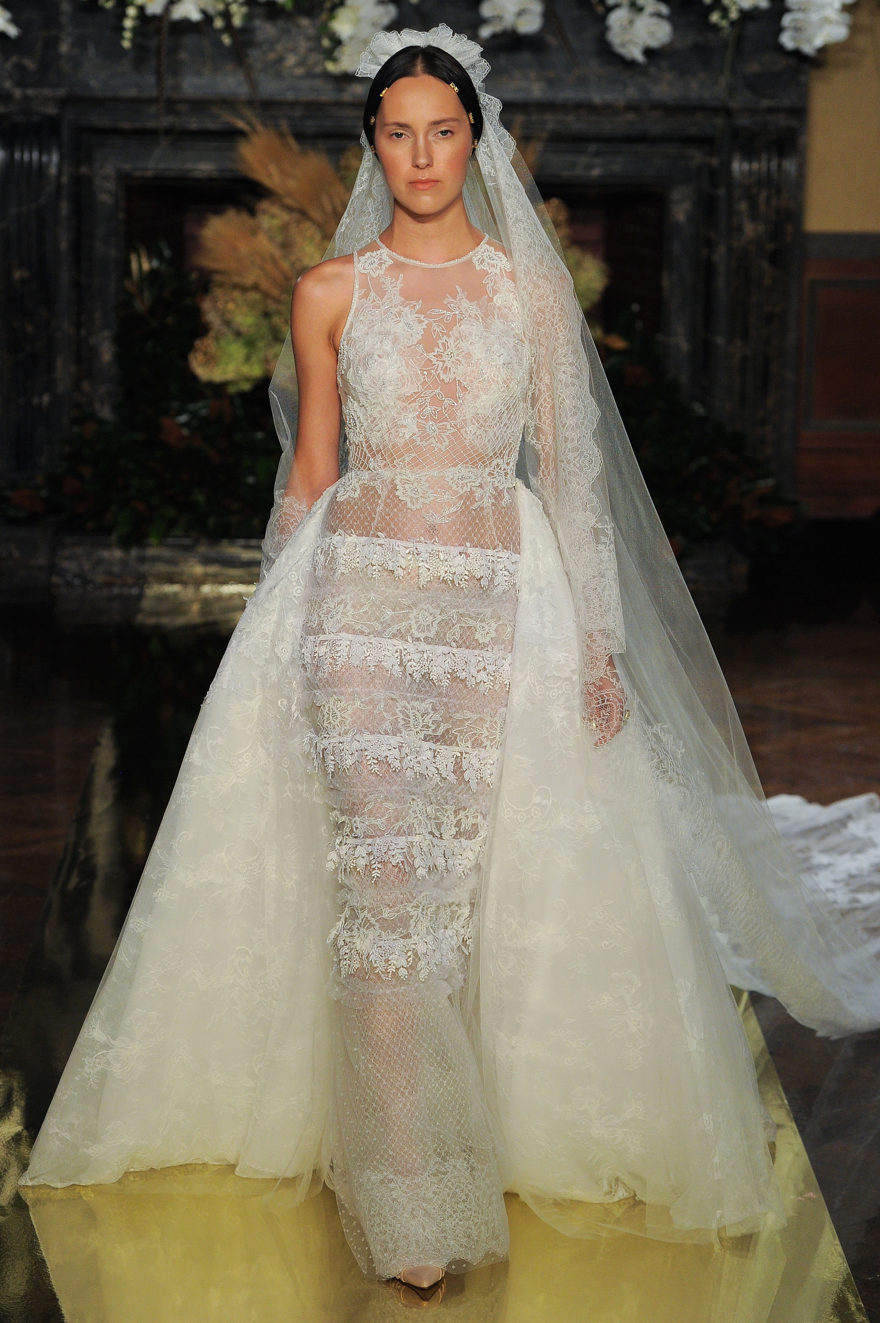 Sexy Wedding Dresses For Brides Who Want To Turn Heads Martha