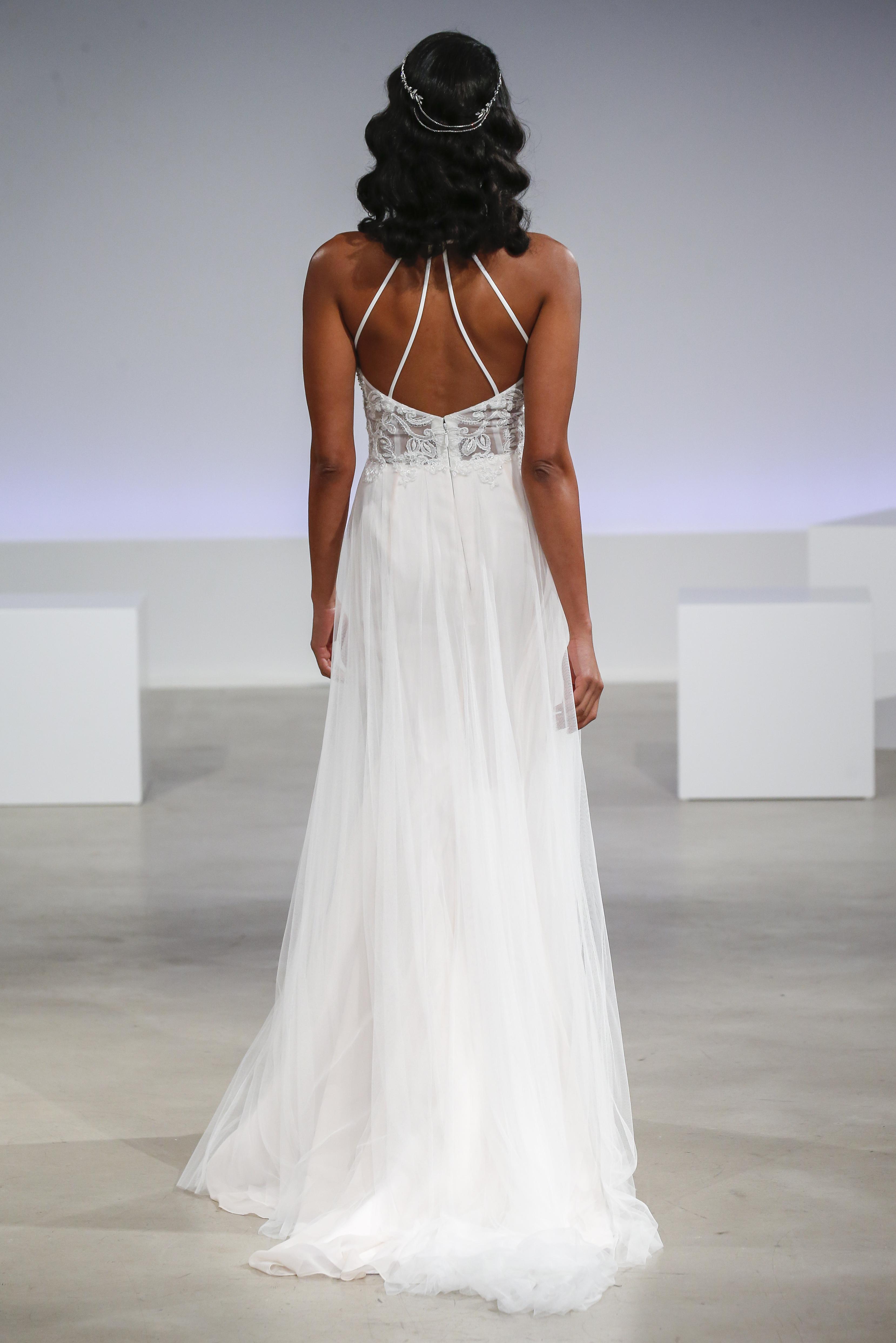 Bridal Fashion Week Hairstyles Guaranteed To Give You Major