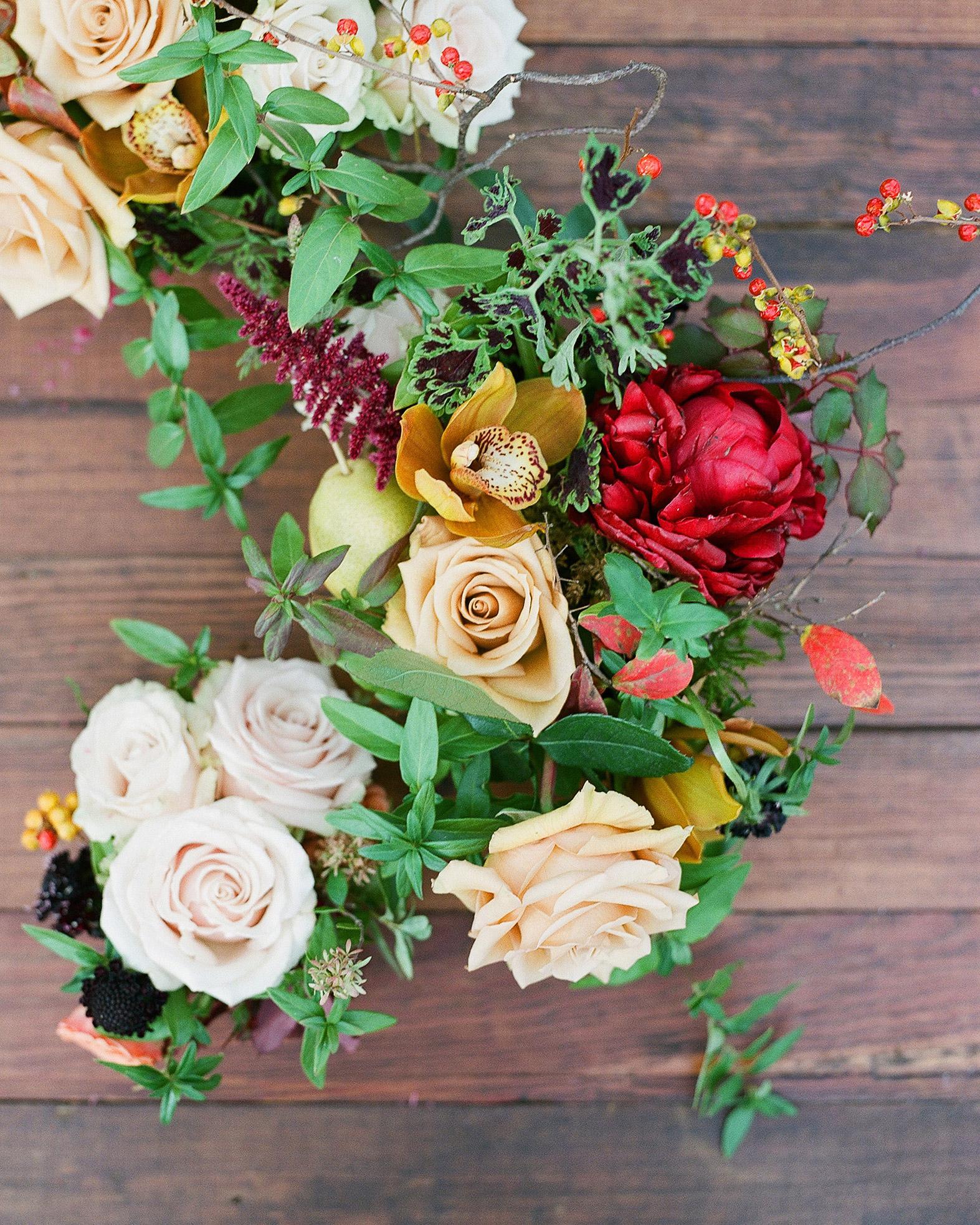 katie-nathan-wedding-thanksgiving-flowers-459-s113017.jpg
