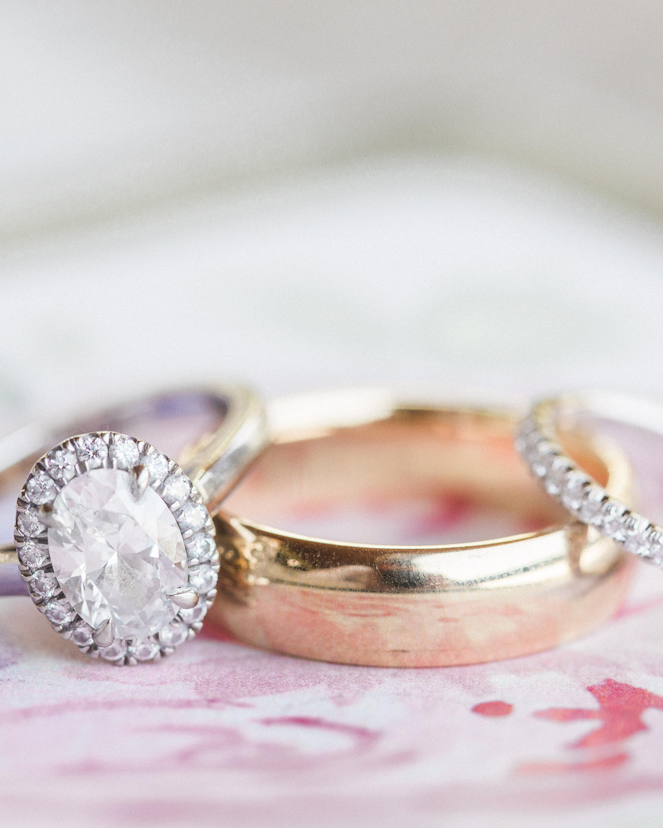 sarah-michael-wedding-rings-18-s112783-0416.jpg