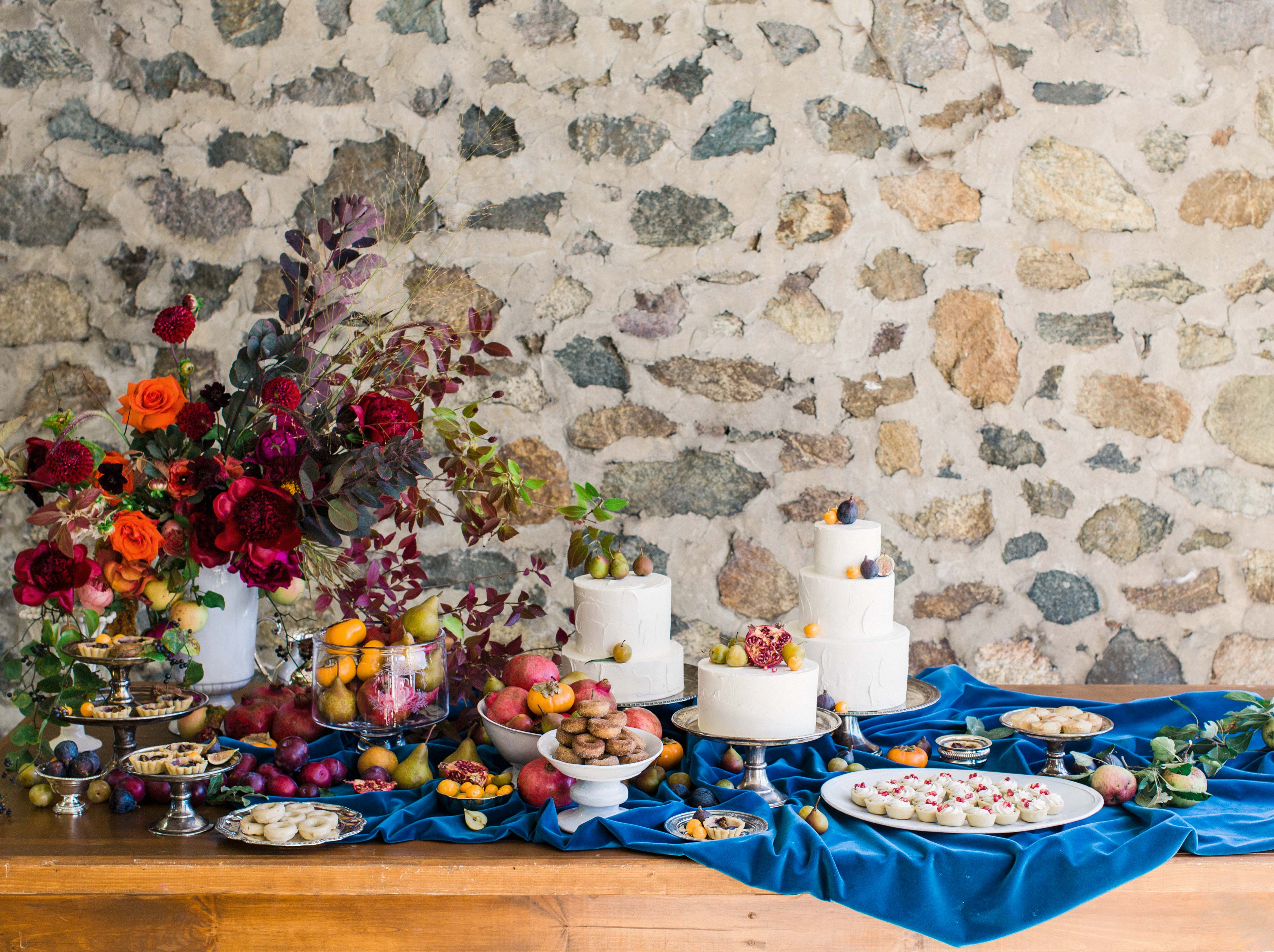 dessert table cakes