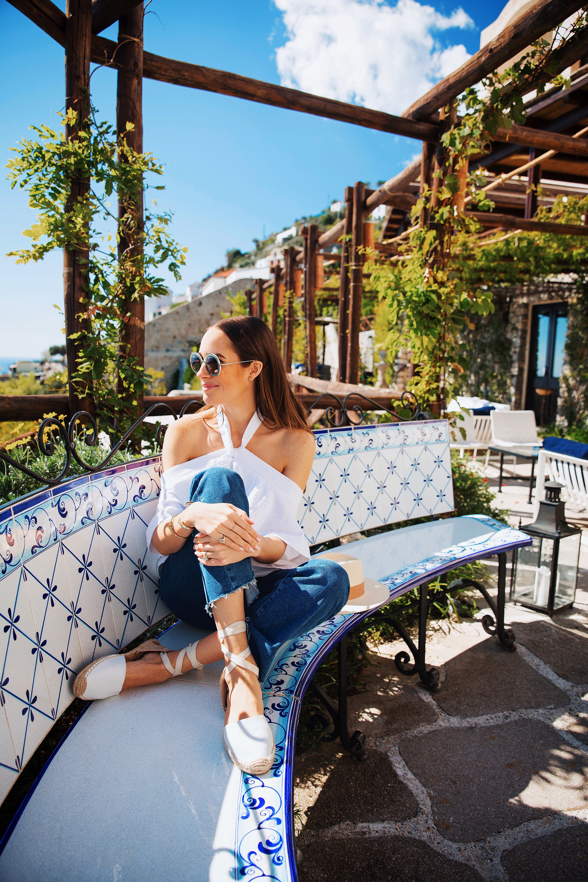 louise roe honeymoon italy shades sandals