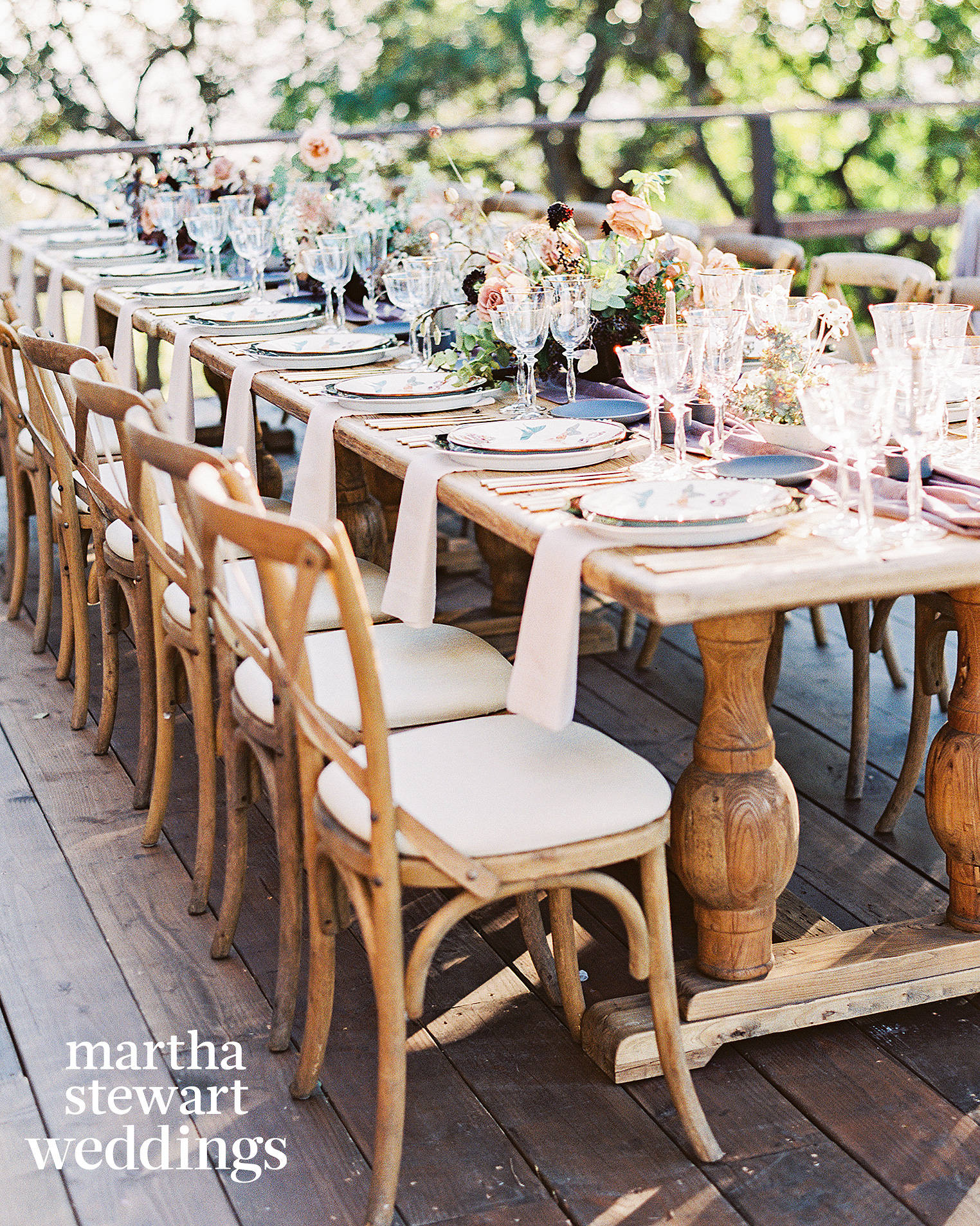 steven yeun walking dead wedding tablescape