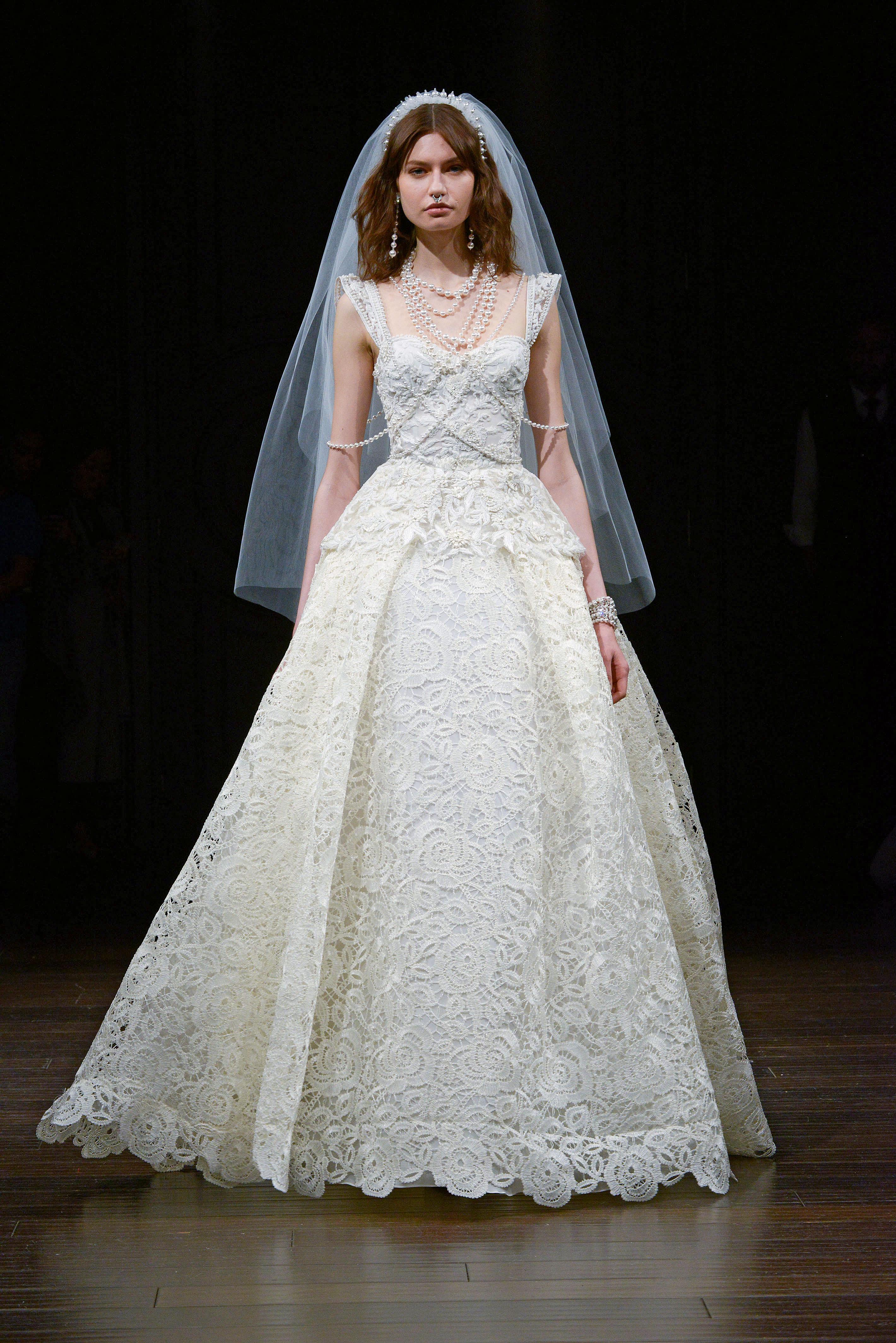 naeem khan cap sleeve wedding dress spring 2018