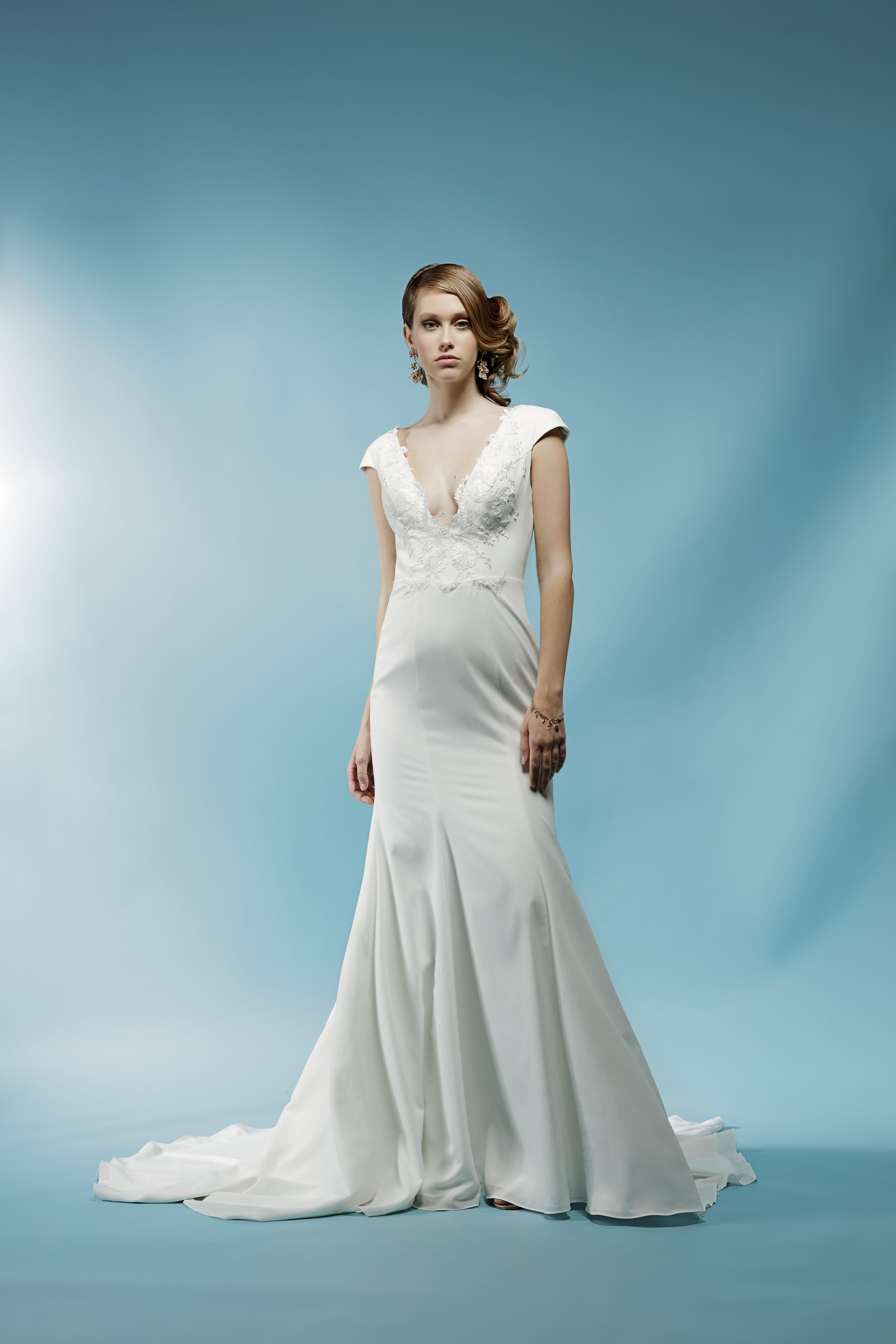 cap sleeves trumpet ivy aster wedding dress spring2018