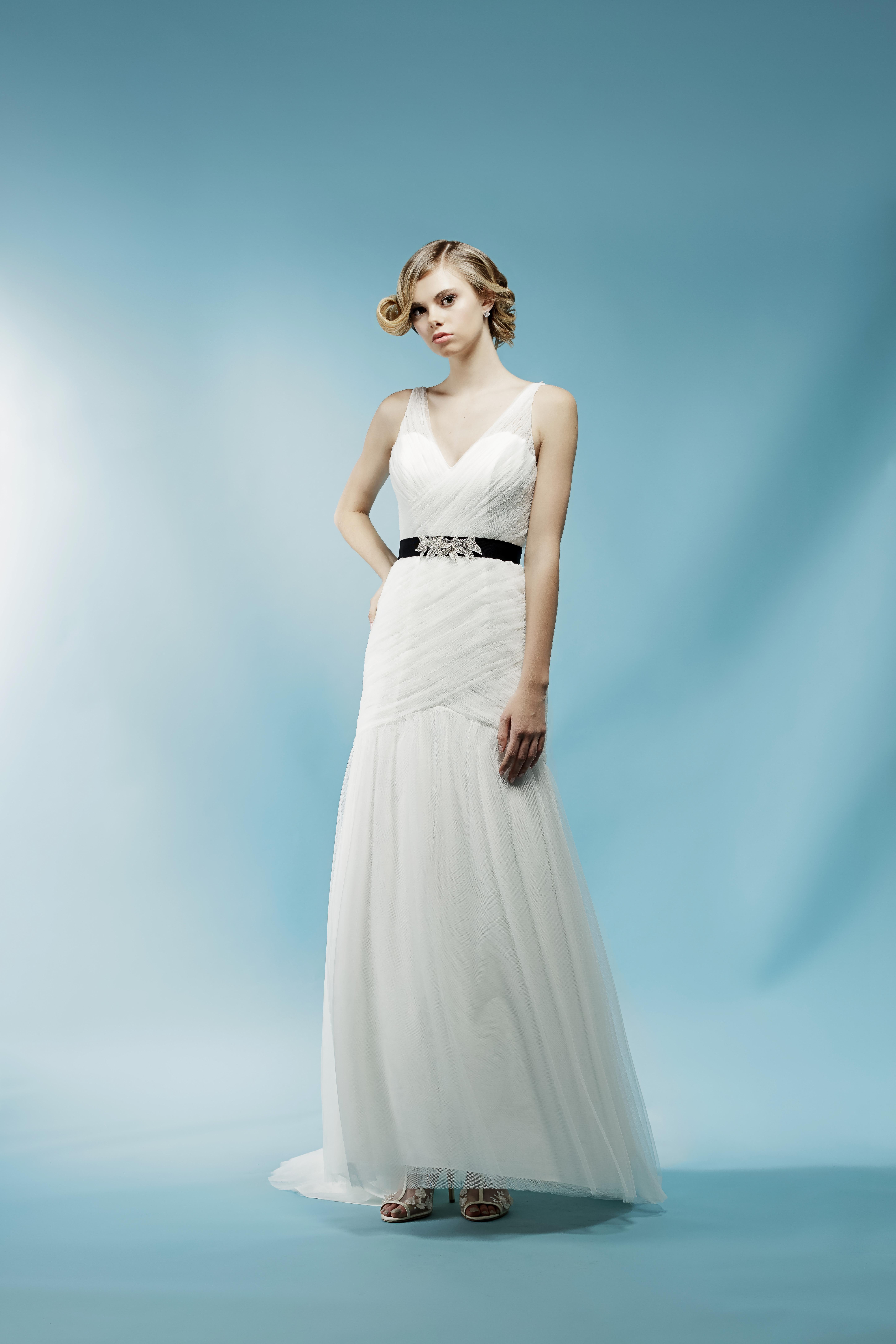 v-neck sheath ivy aster wedding dress spring2018