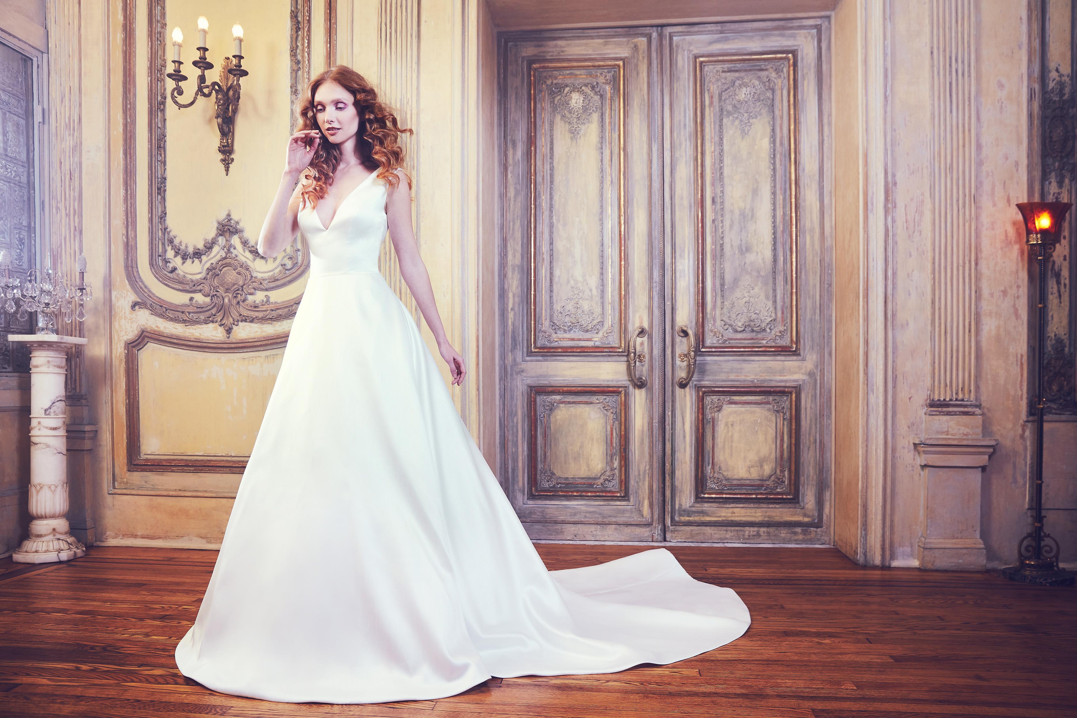 Sareh Nouri Ball Gown Wedding Dress with V-Neck Spring 2018