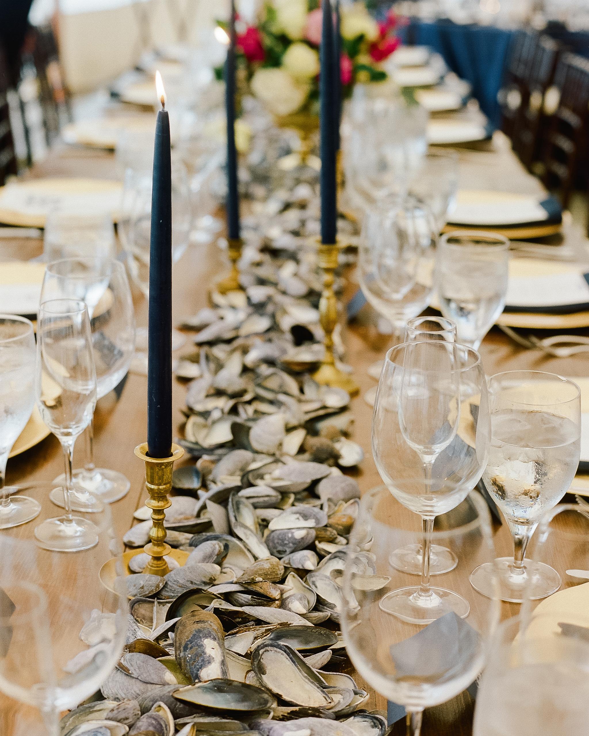 lindsay-garrett-wedding-table-0755-s111850-0415.jpg