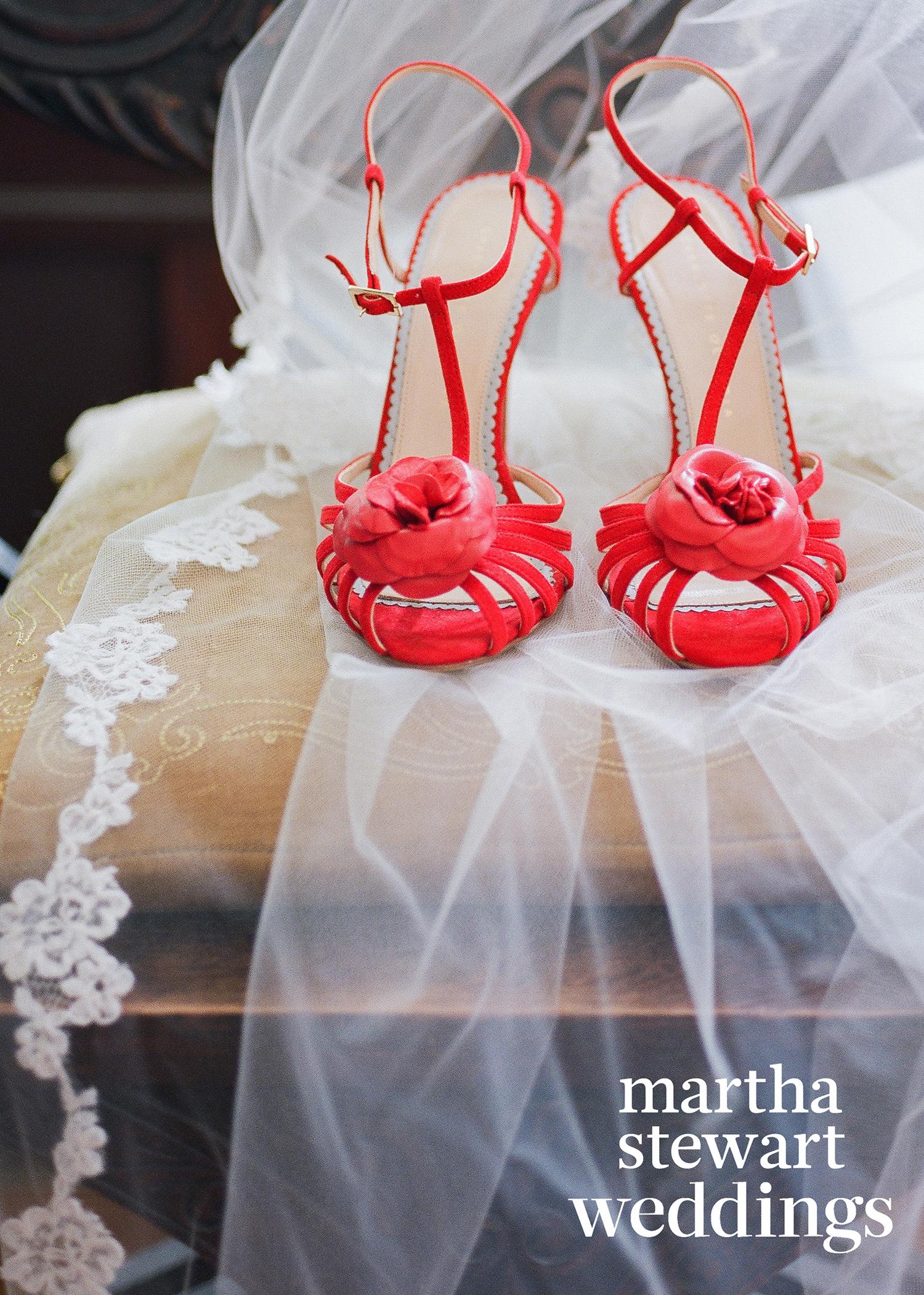 abby elliott bill kennedy wedding red shoes