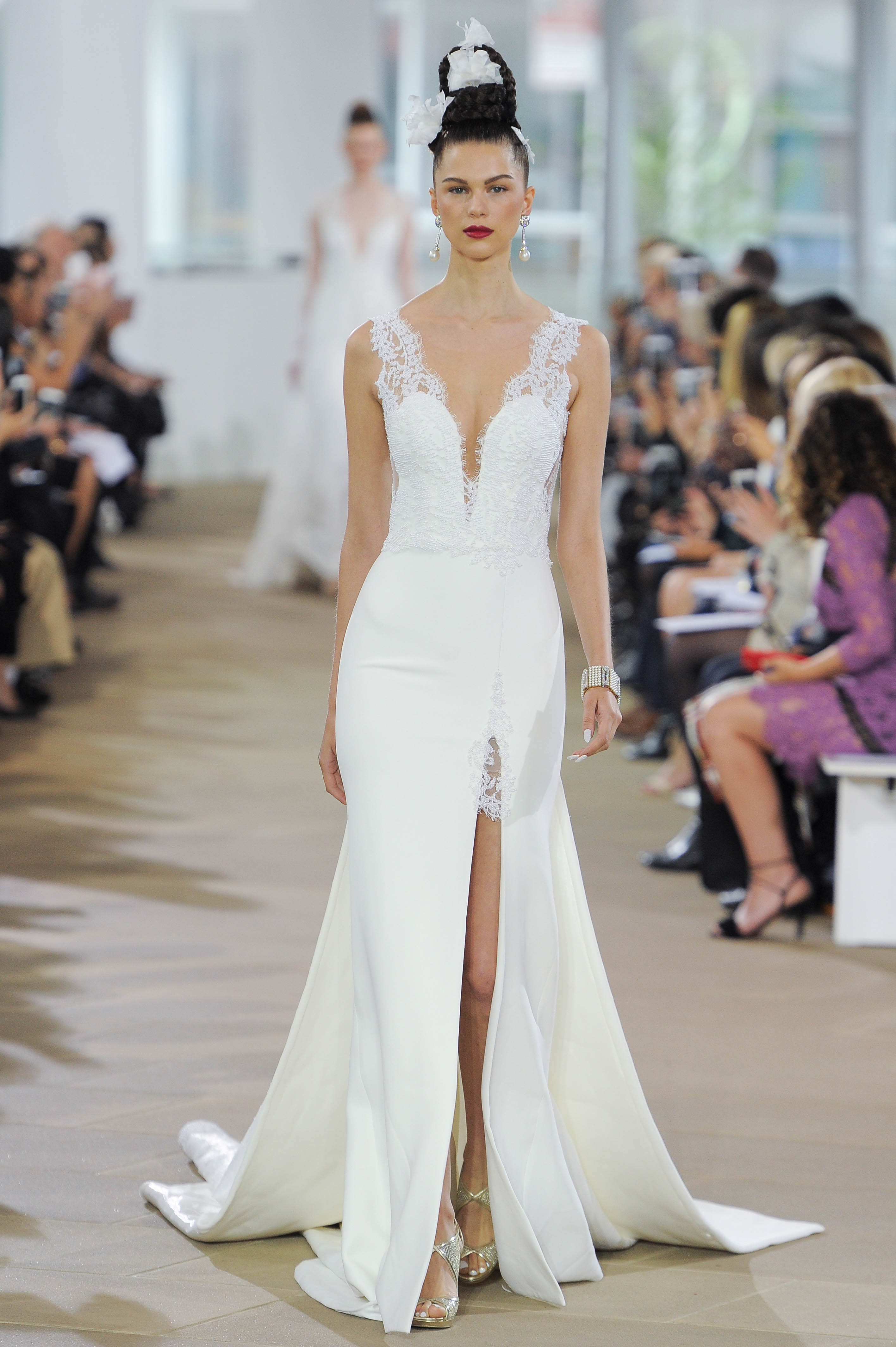 Ines Di Santo Trumpet Wedding Dress with V-Neck Spring 2018