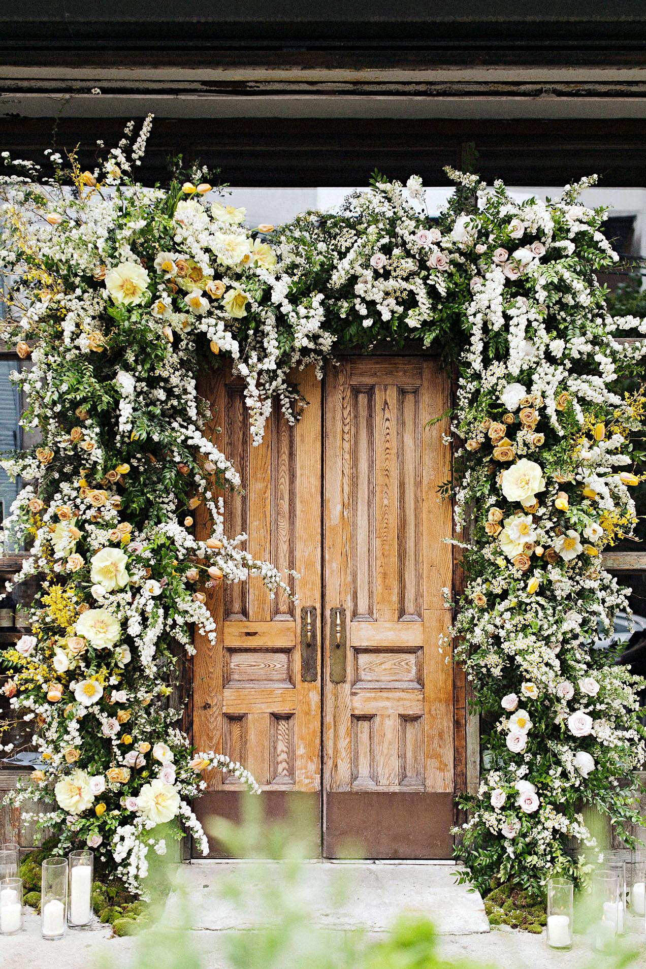 ali mark wedding new york floral arch