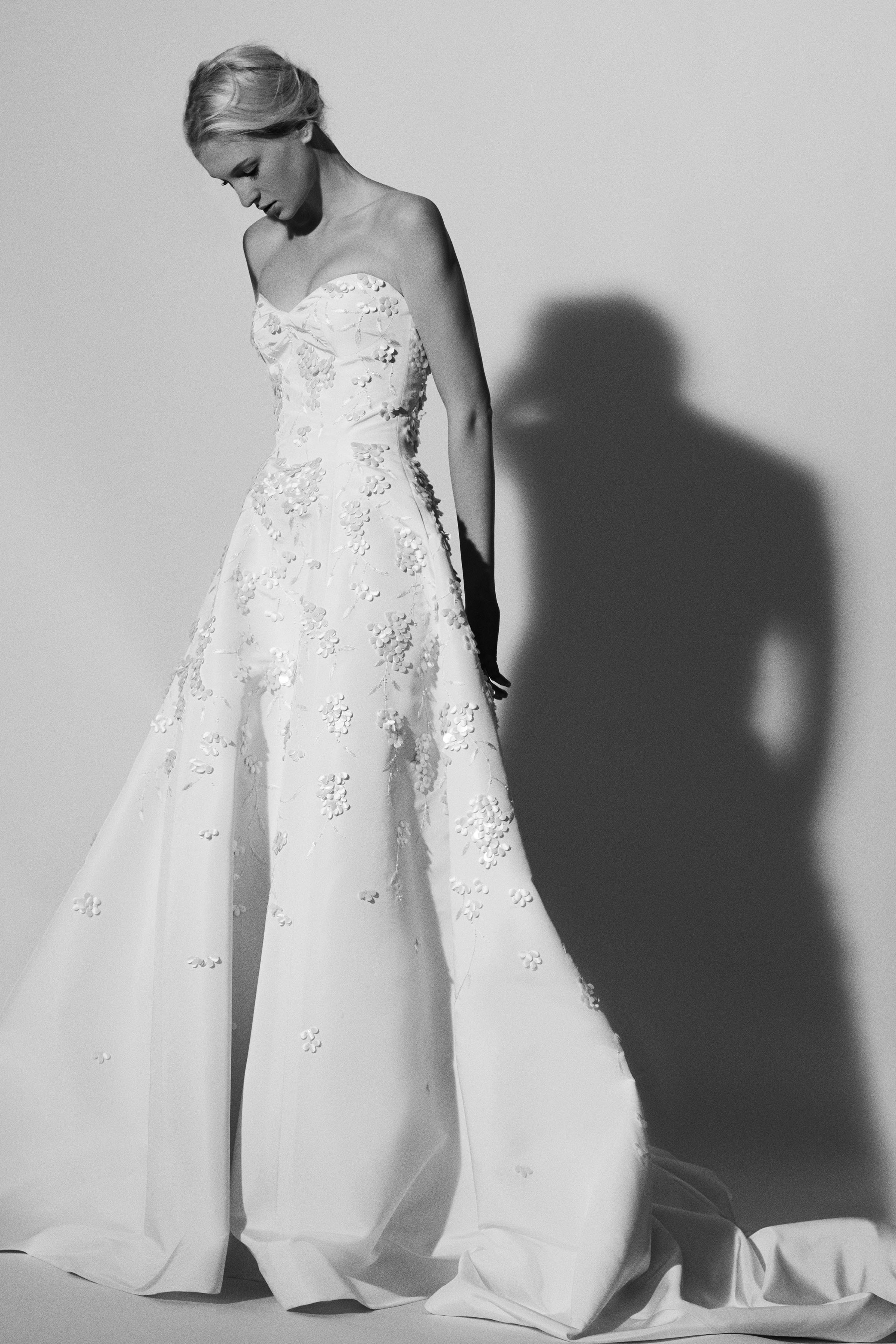 sweetheart a-line Carolina Herrera Wedding Dress Spring2018