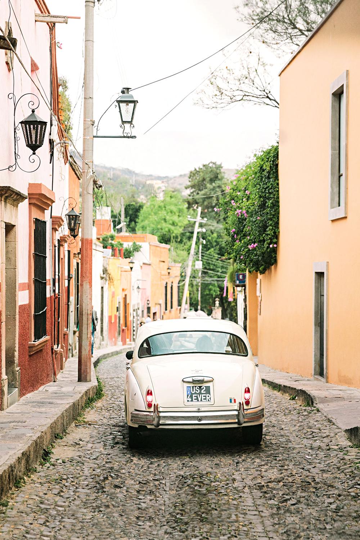 regina chris wedding vintage car