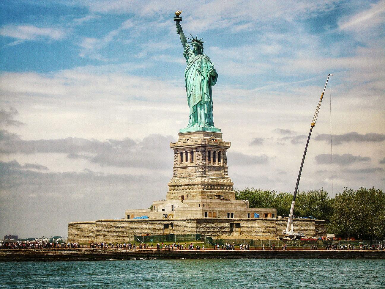 statue of liberty new york honeymoon