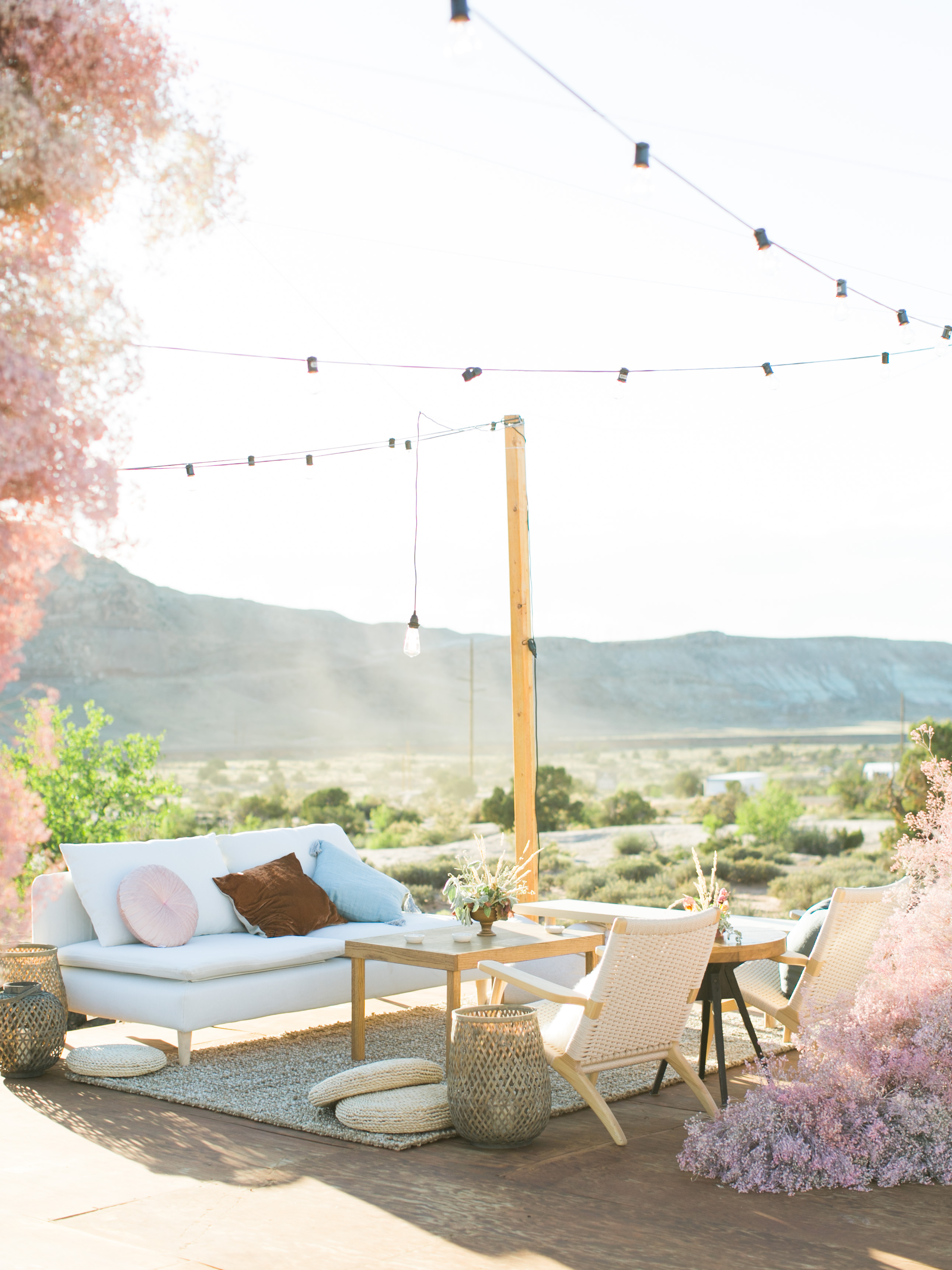 jeanette david wedding outdoor lounge area