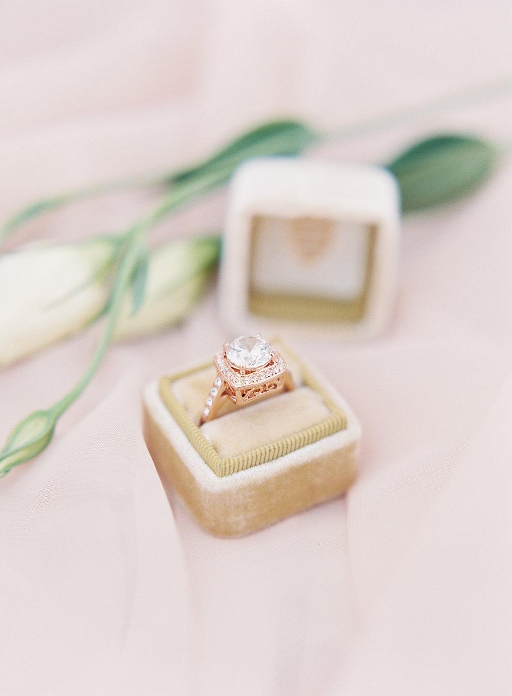 rose gold wedding ideas wedding band