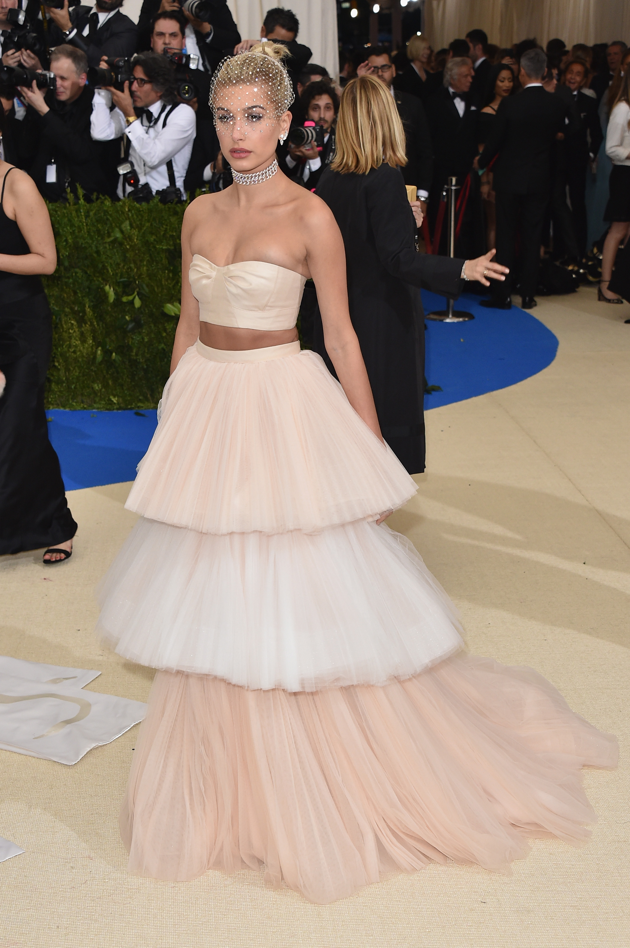 Hailey Baldwin Met Gala 2017 Dress