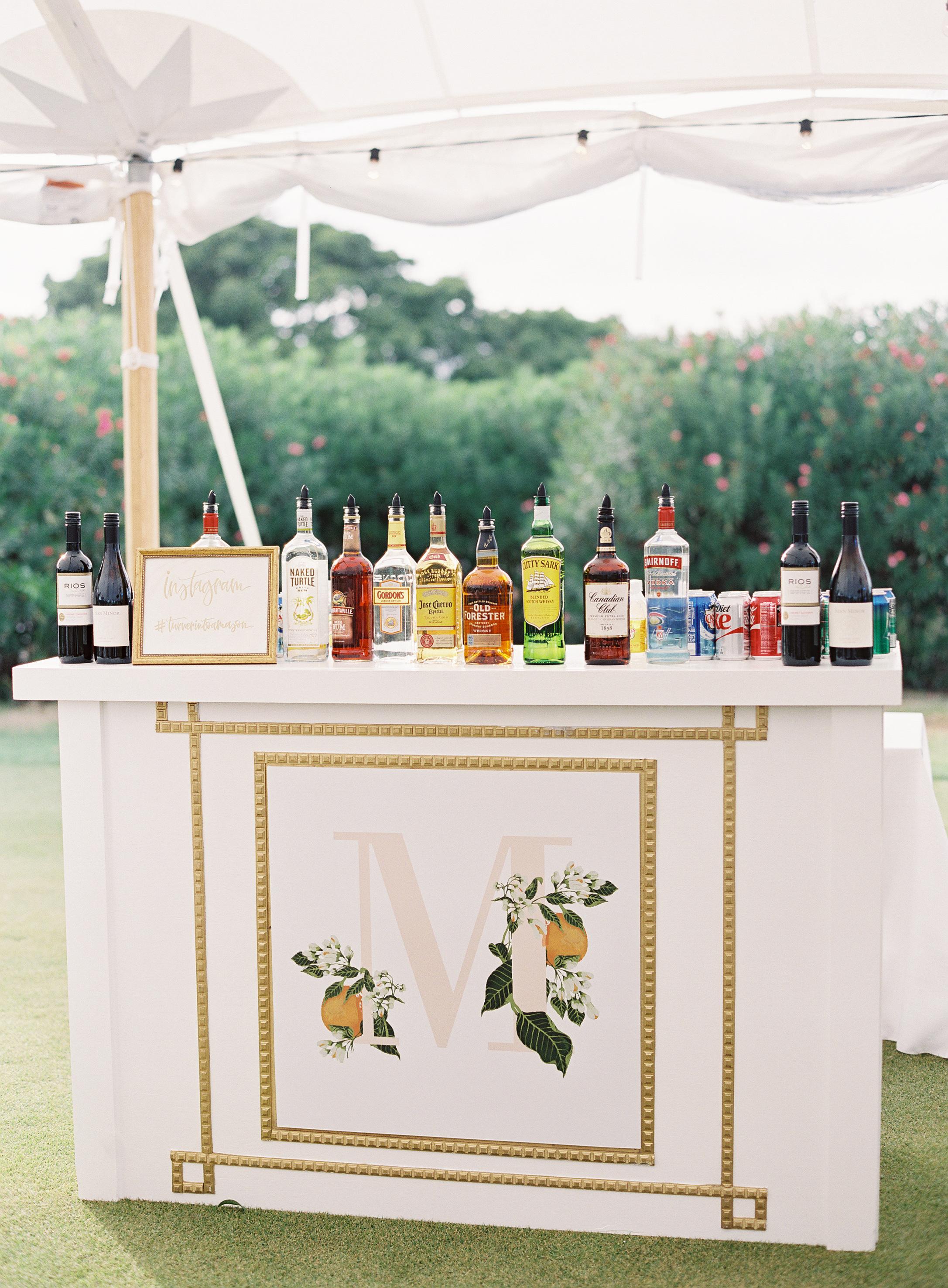 citrus-themed wedding bar