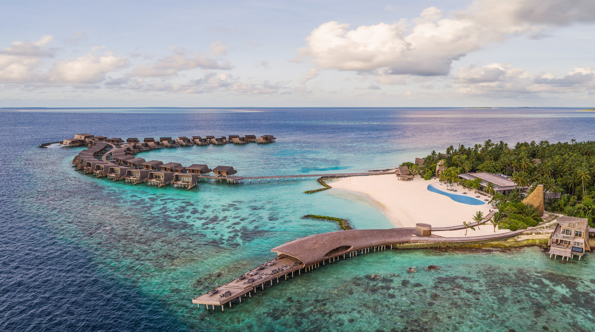st. regis maldives vommuli resort