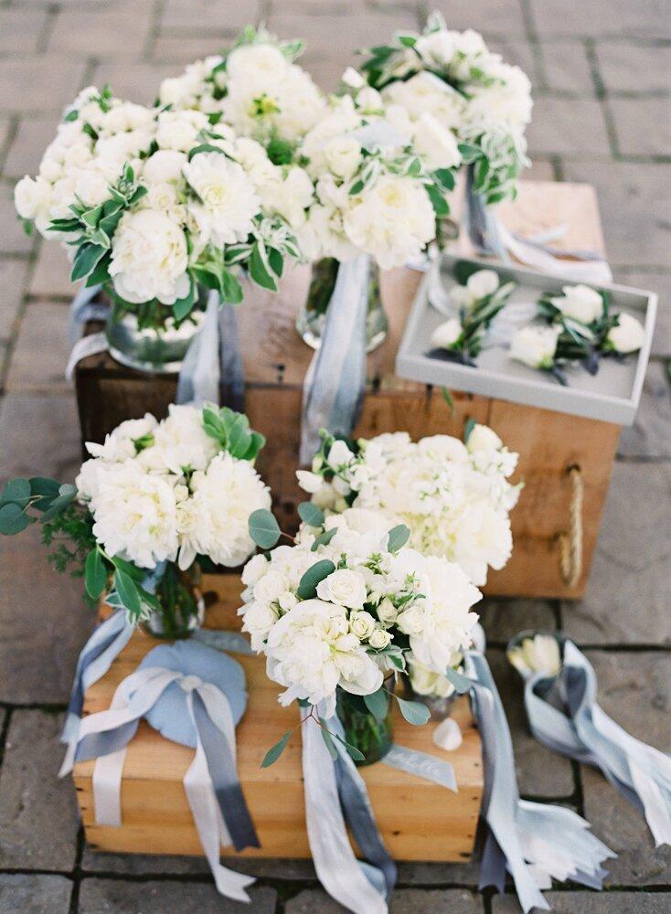 64 White Wedding Bouquets Martha