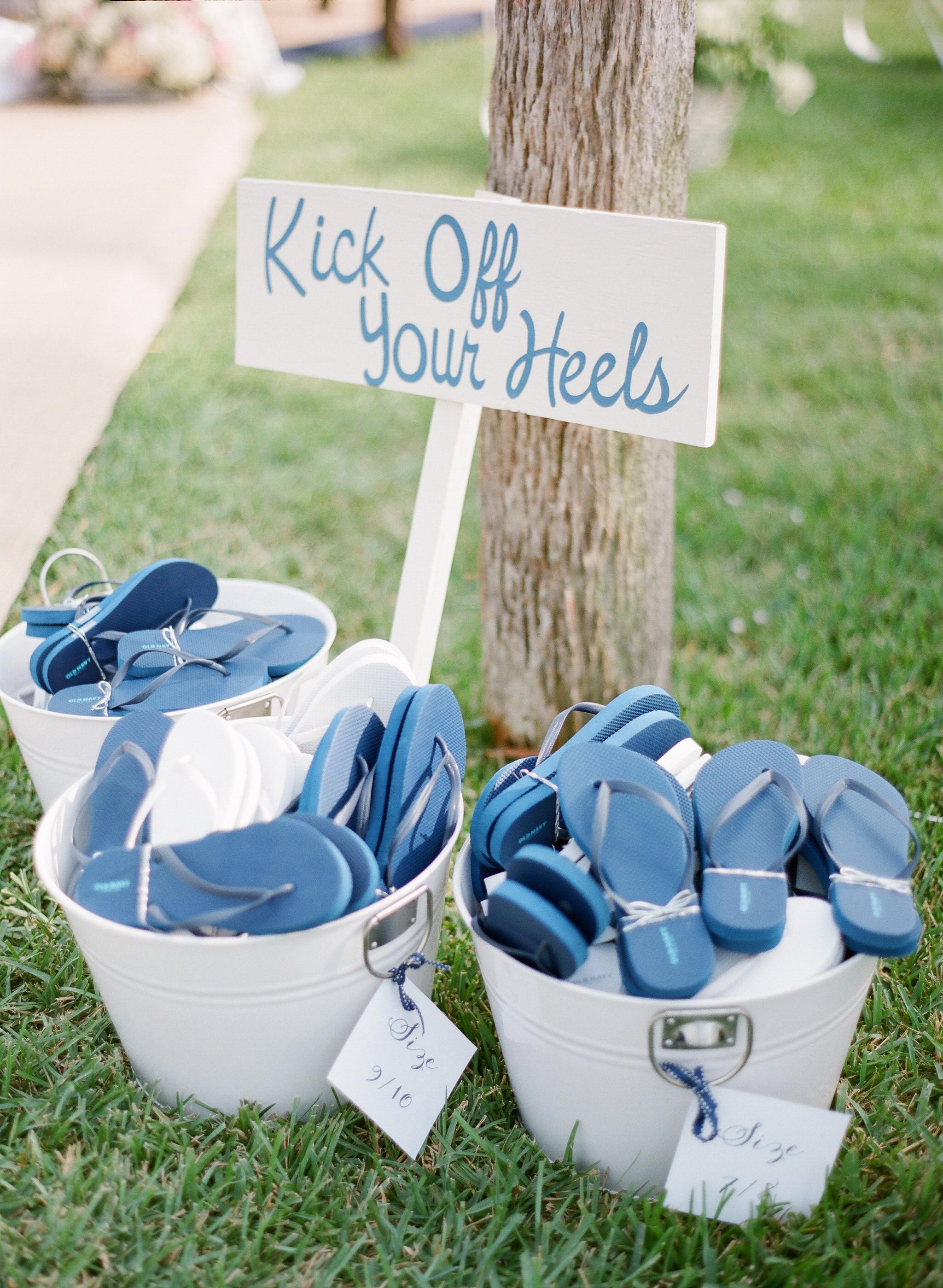 Blue flip flop wedding favors at an outdoor summer wedding