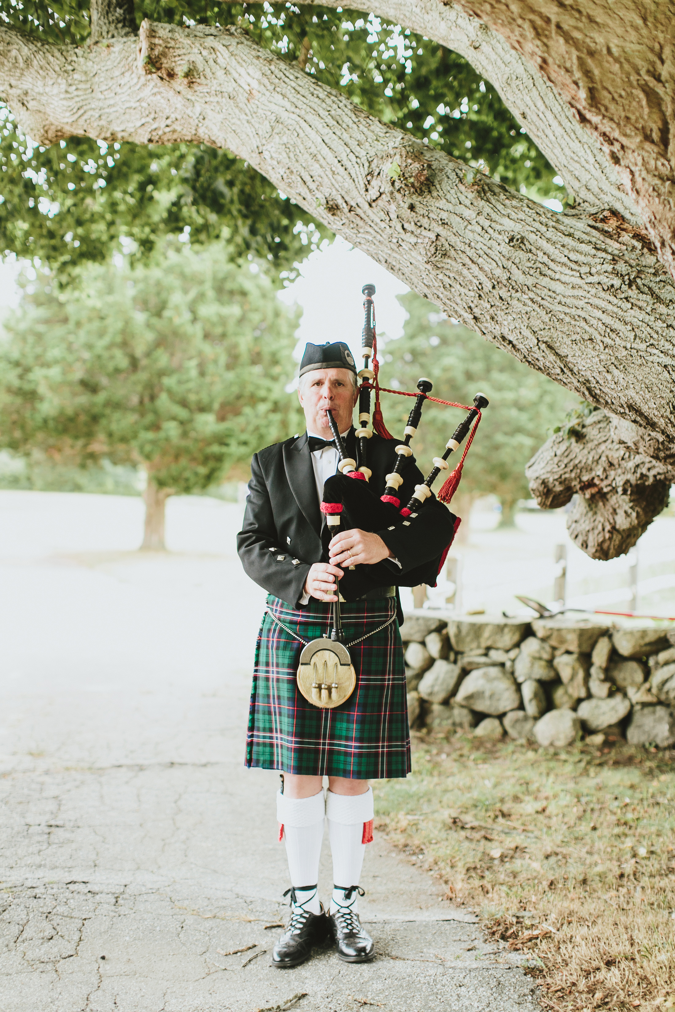 hadley corey wedding bagpiper