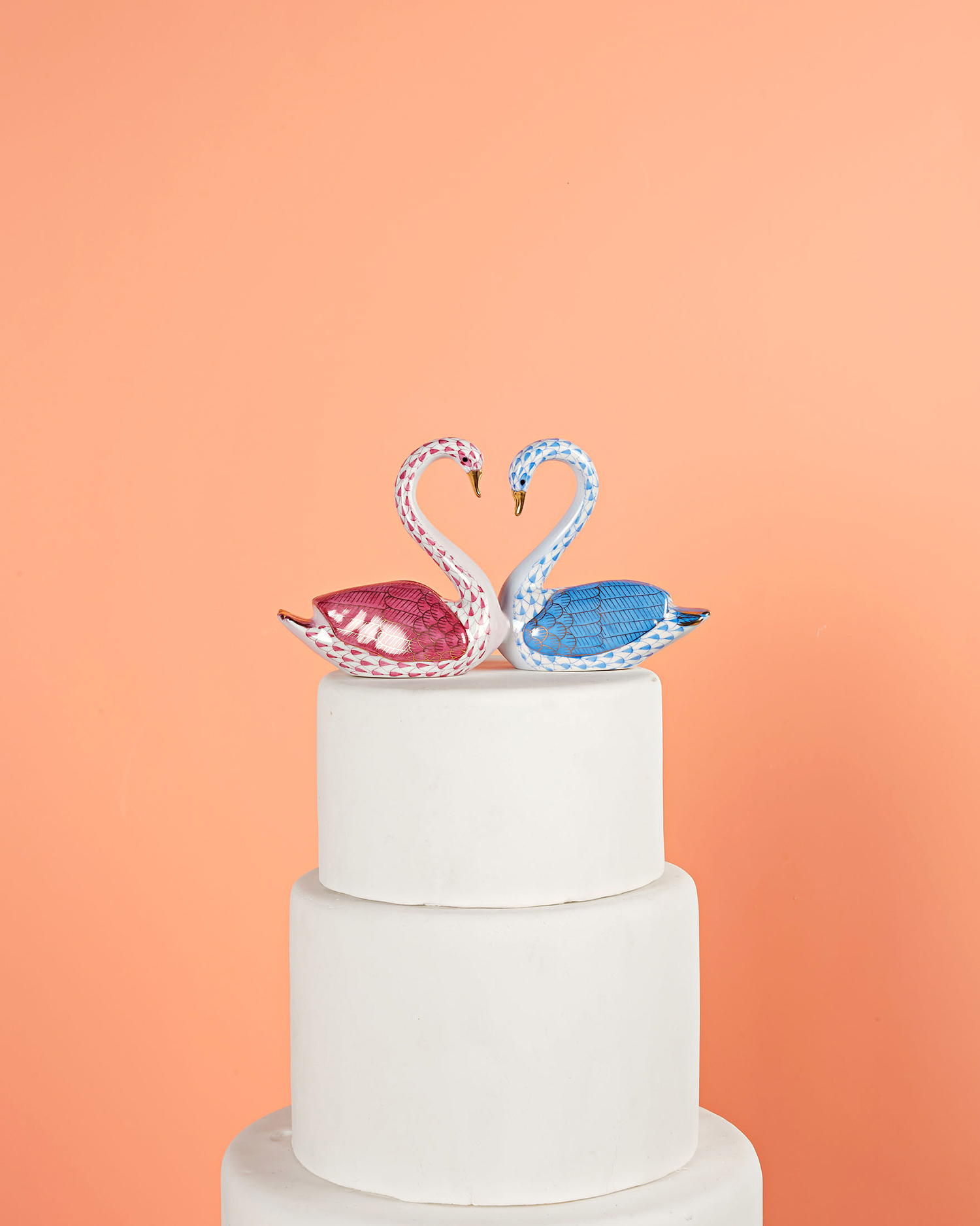 kissing swans cake topper