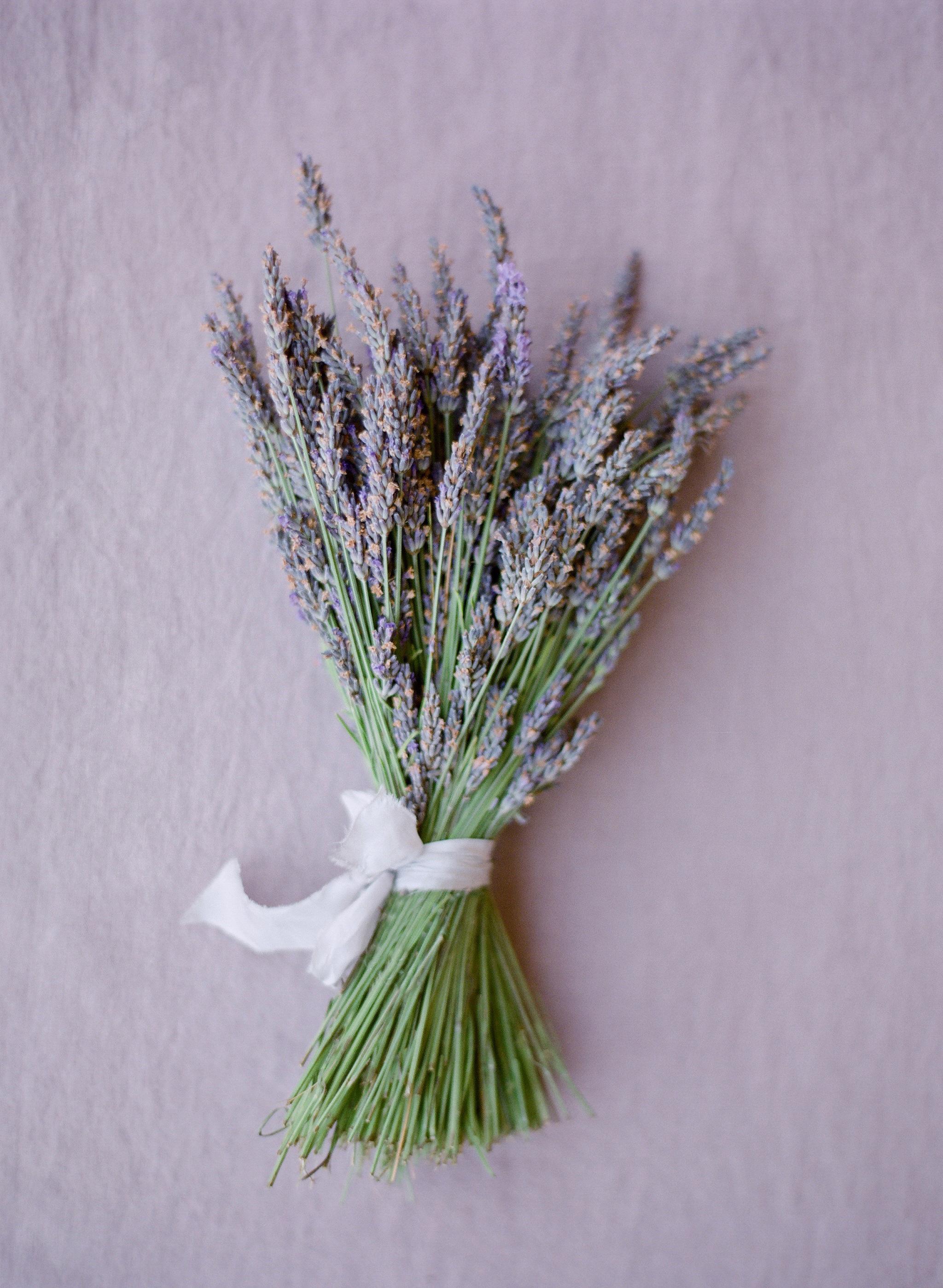 Simple lavender wedding bouquet