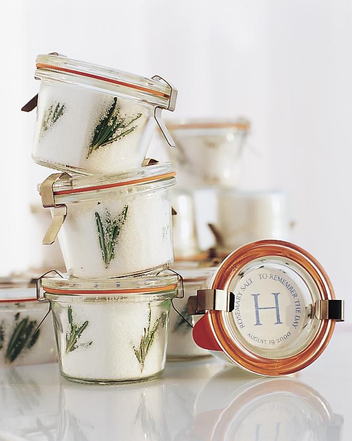 diy-groomsmen-gifts-rosemary-sea-salt-favors-0615.jpg