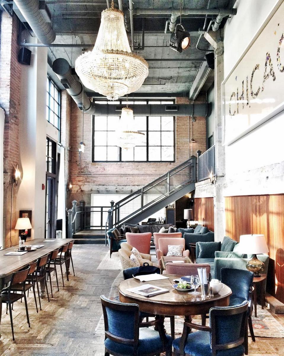 the allis lounge bar