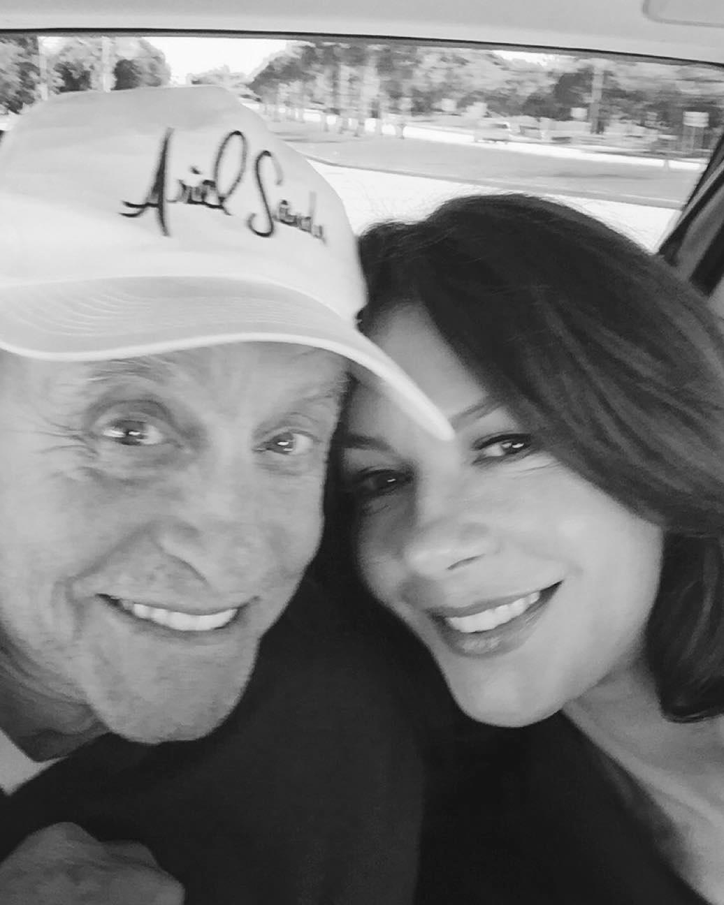 celebrity-relationship-advice-catherine-zeta-jones-michael-douglas-1115.jpg