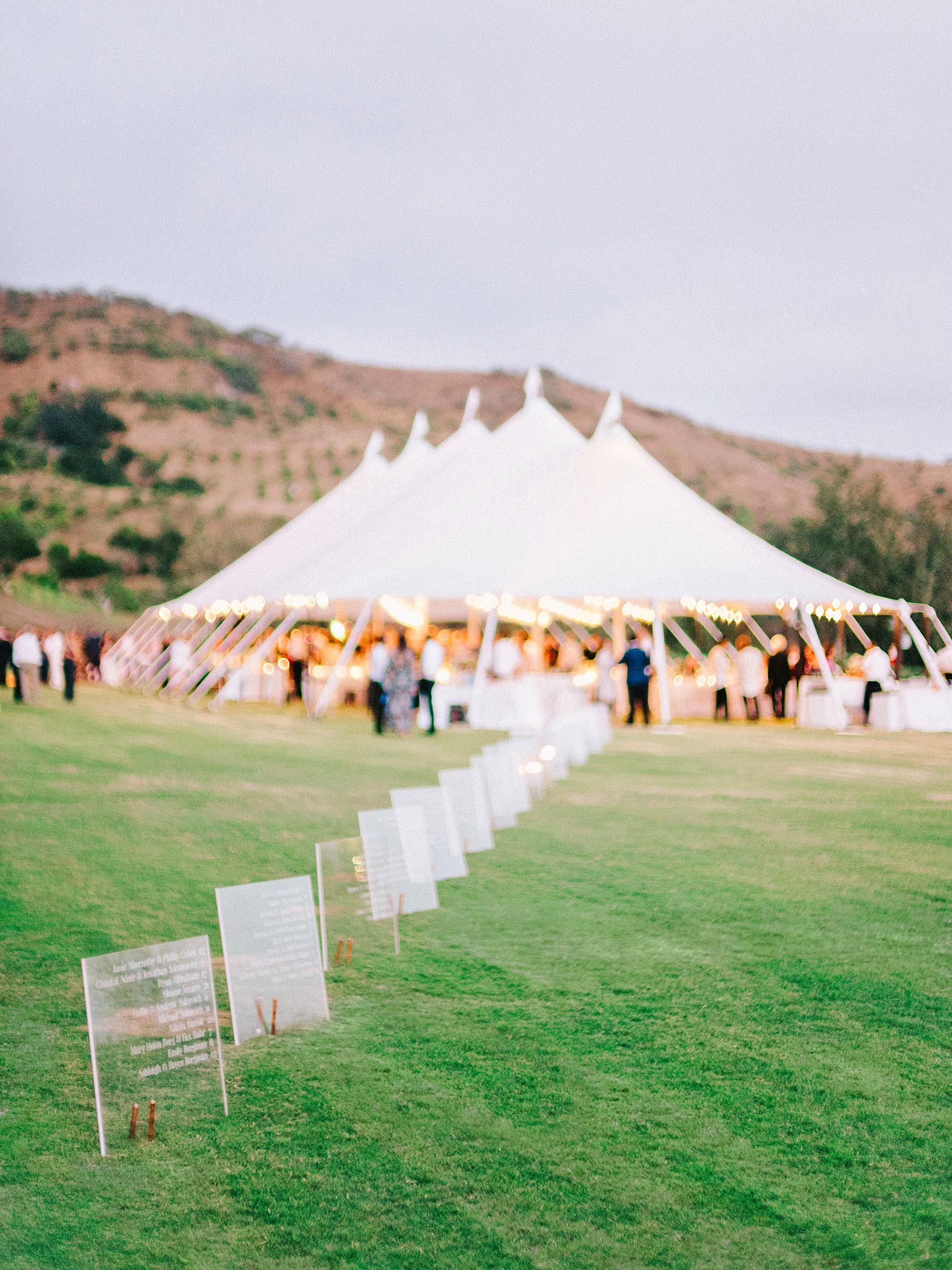 perri phillip wedding california seating assignments