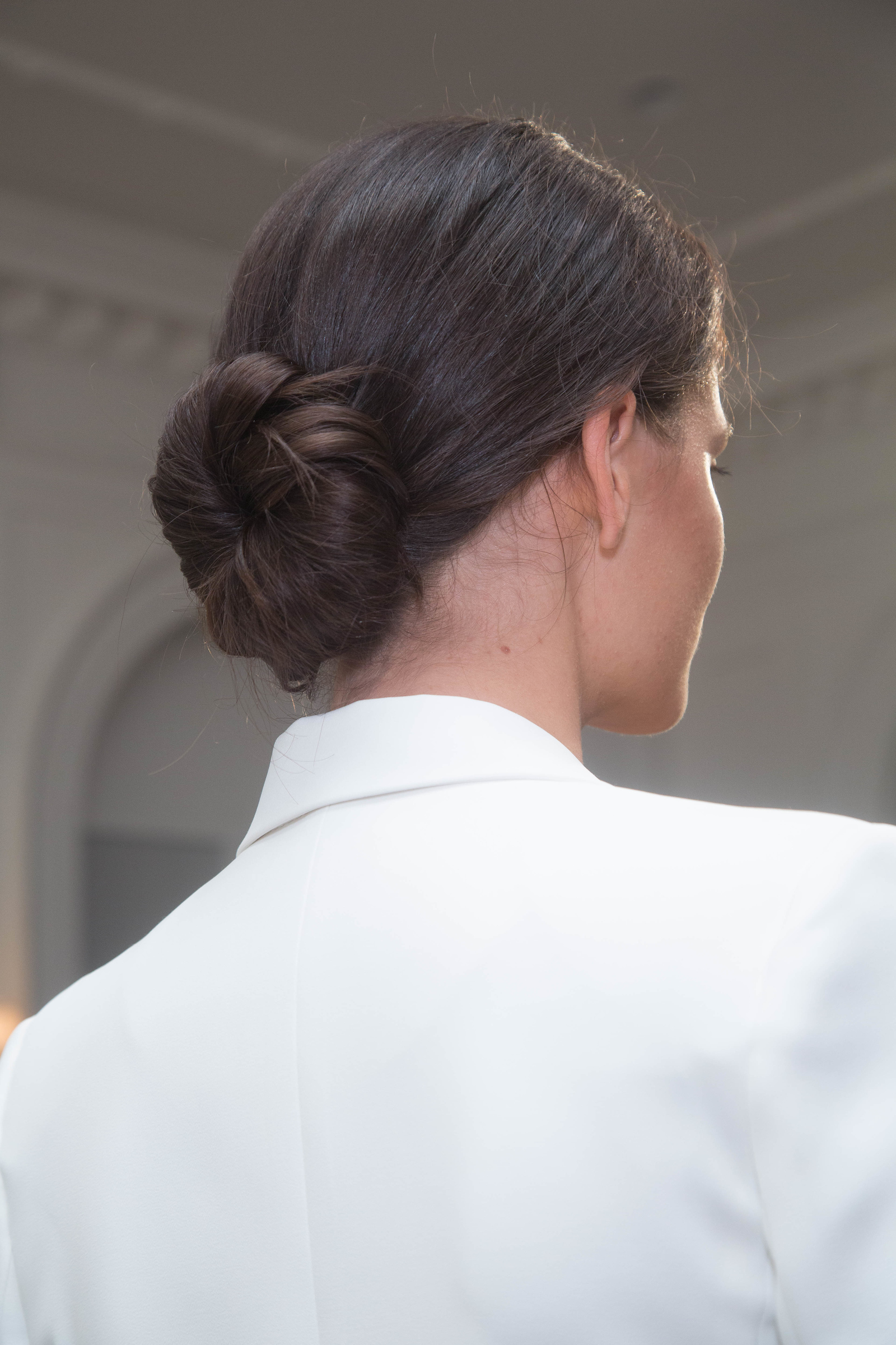 Monique Lhuillier Fresh Updo