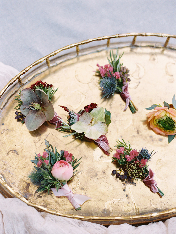 yolanda cedric wedding boutonnieres