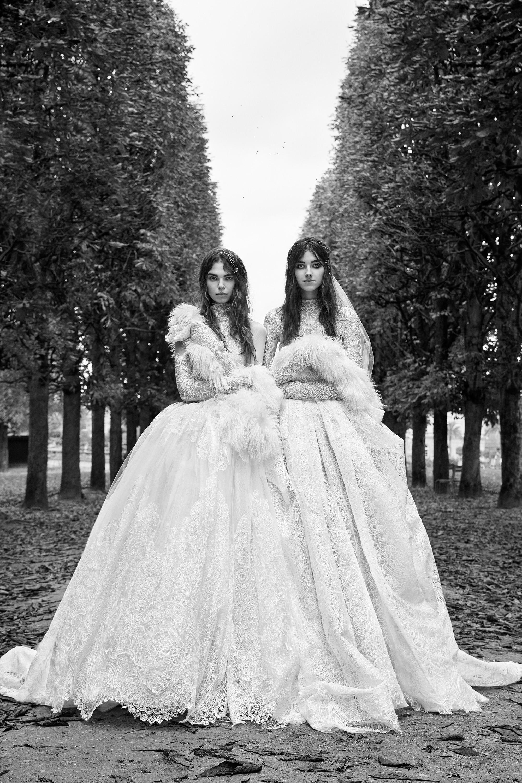 vera wang fall 2018 long sleeve lace ballgown wedding dress