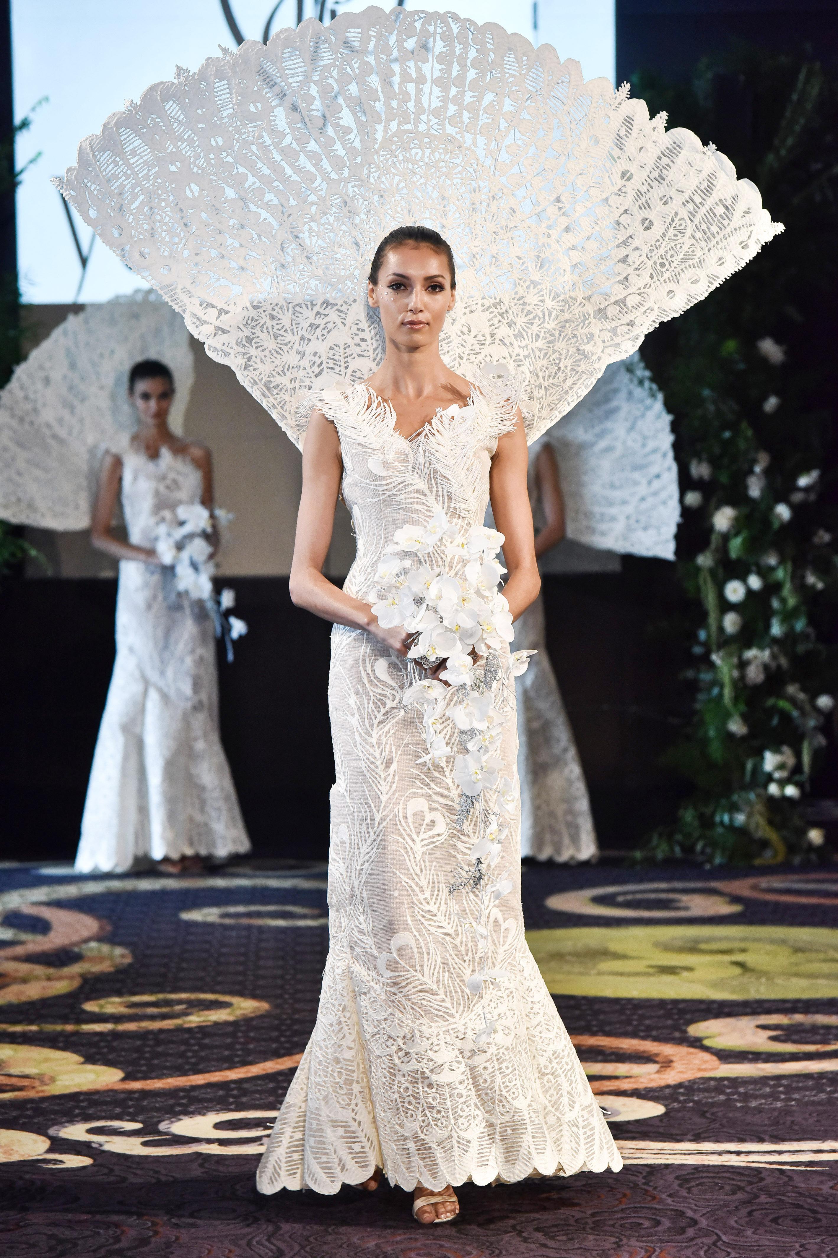 yumi katsura sheath white feather applique wedding dress with straps fall 2018