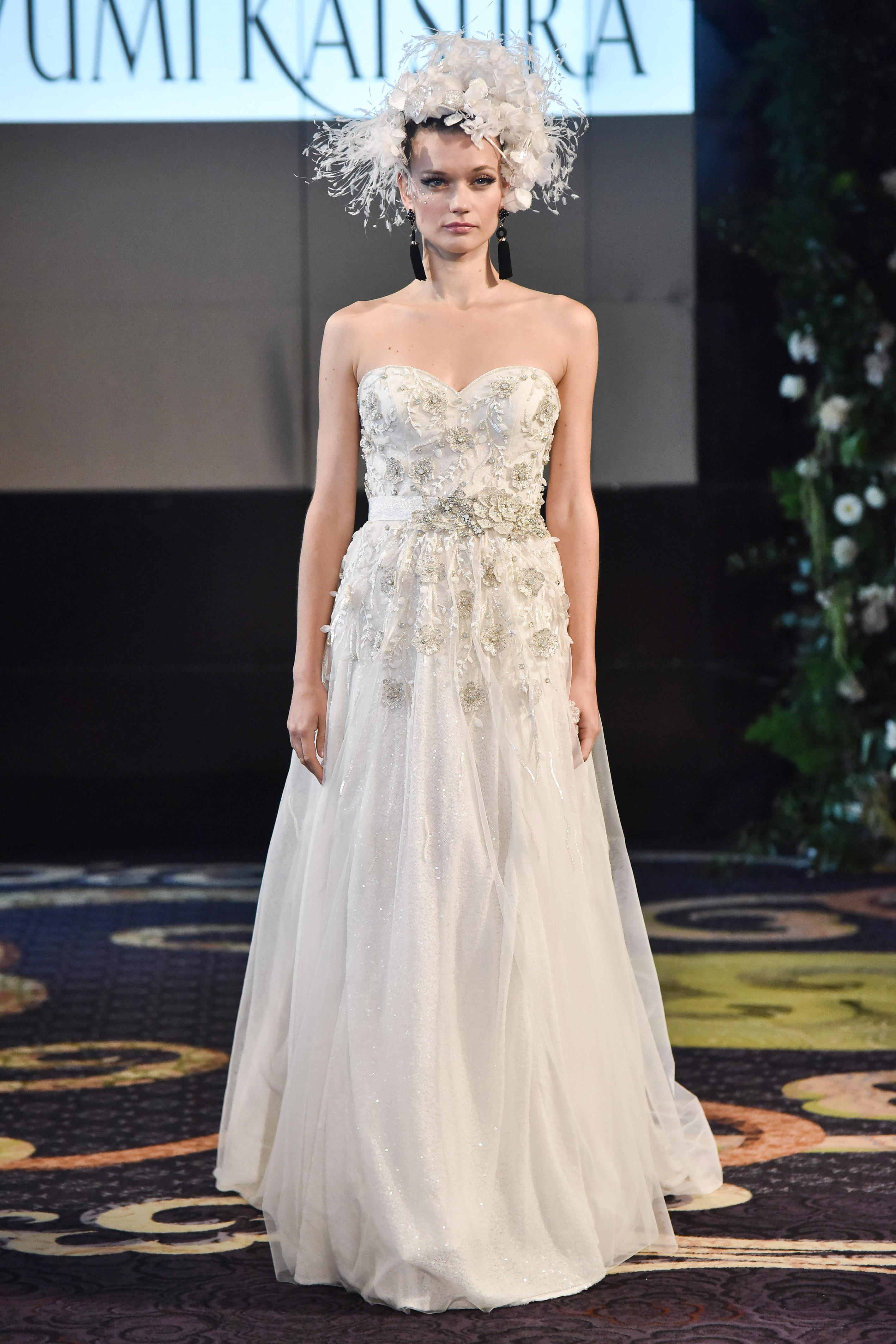 yumi katsura sheath sweetheart neckline wedding dress with feather applique fall 2018