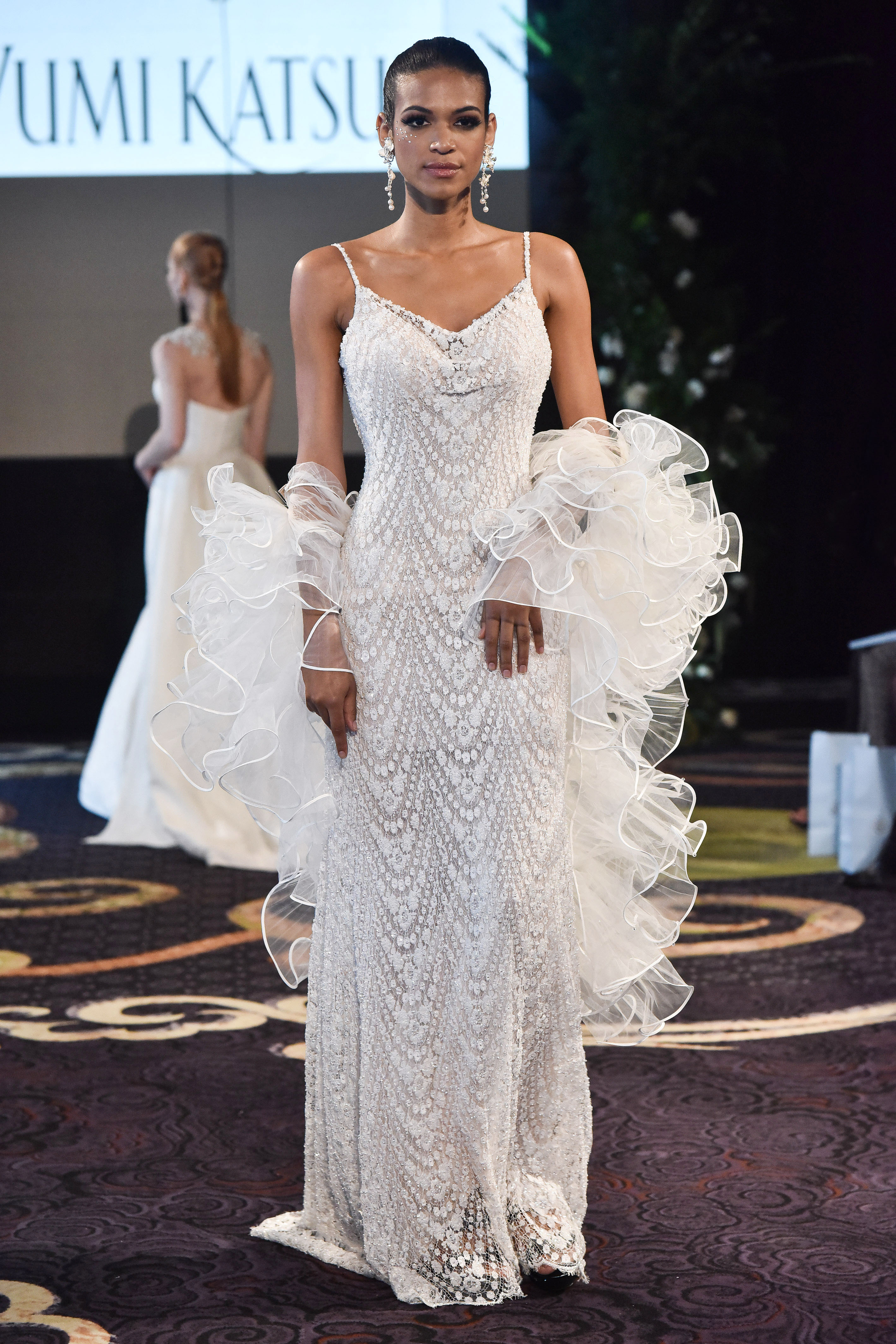 yumi katsura lace wedding dress with spaghetti straps fall 201