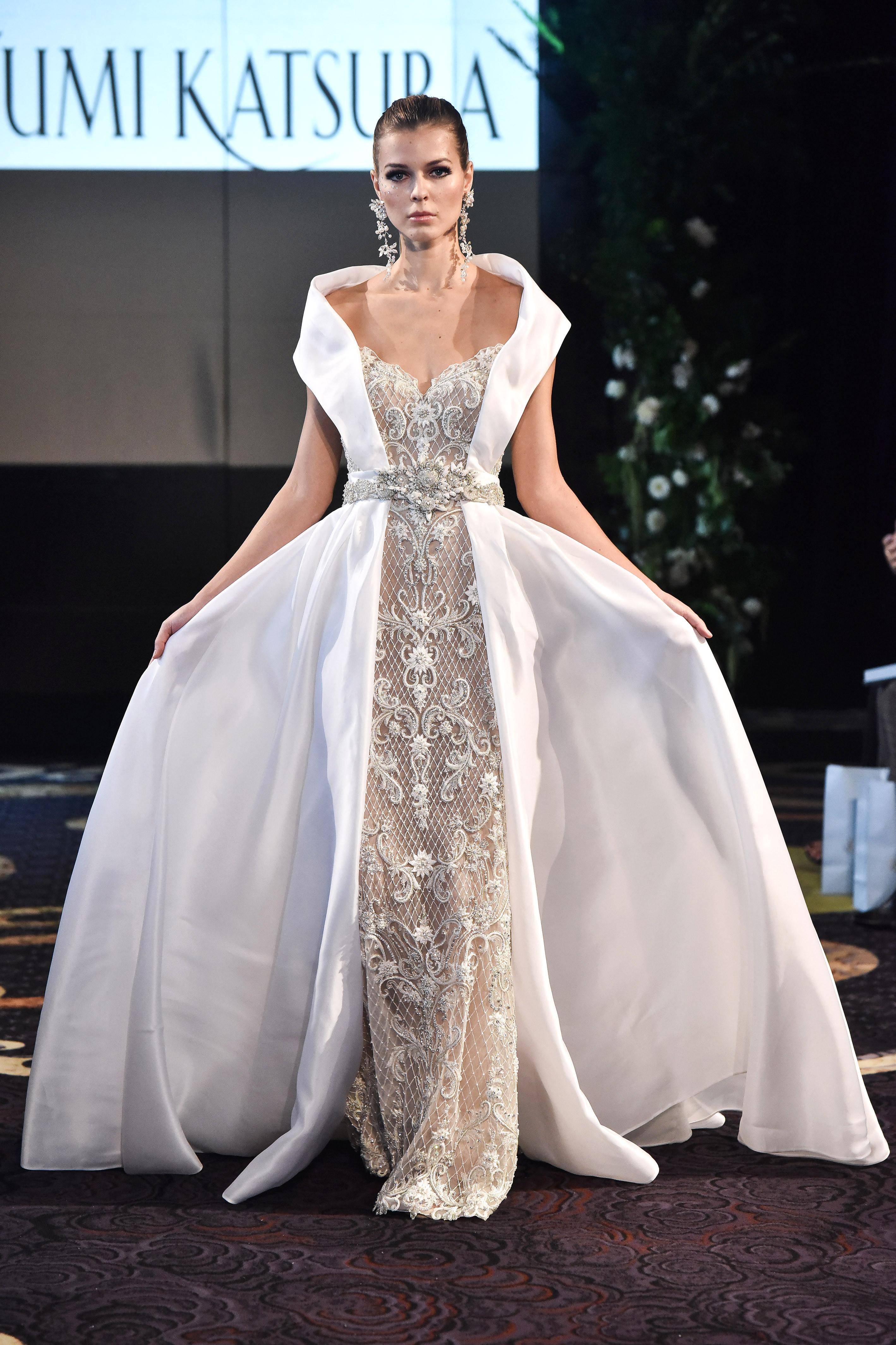 yumi katsura fall 2018 panel ballgown wedding dress